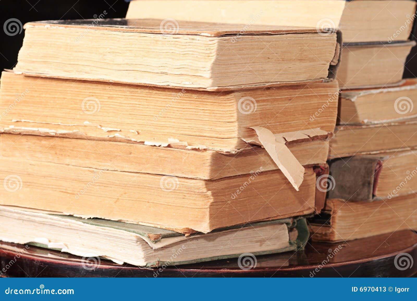 Elenco librerie libri vecchi e usati remainders share for Elenco libri da leggere assolutamente