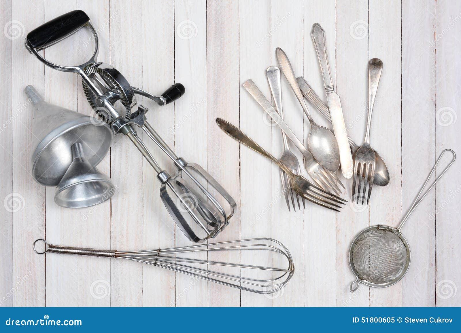 Vecchi Utensili Della Cucina Immagine Stock - Immagine di ambientale ...