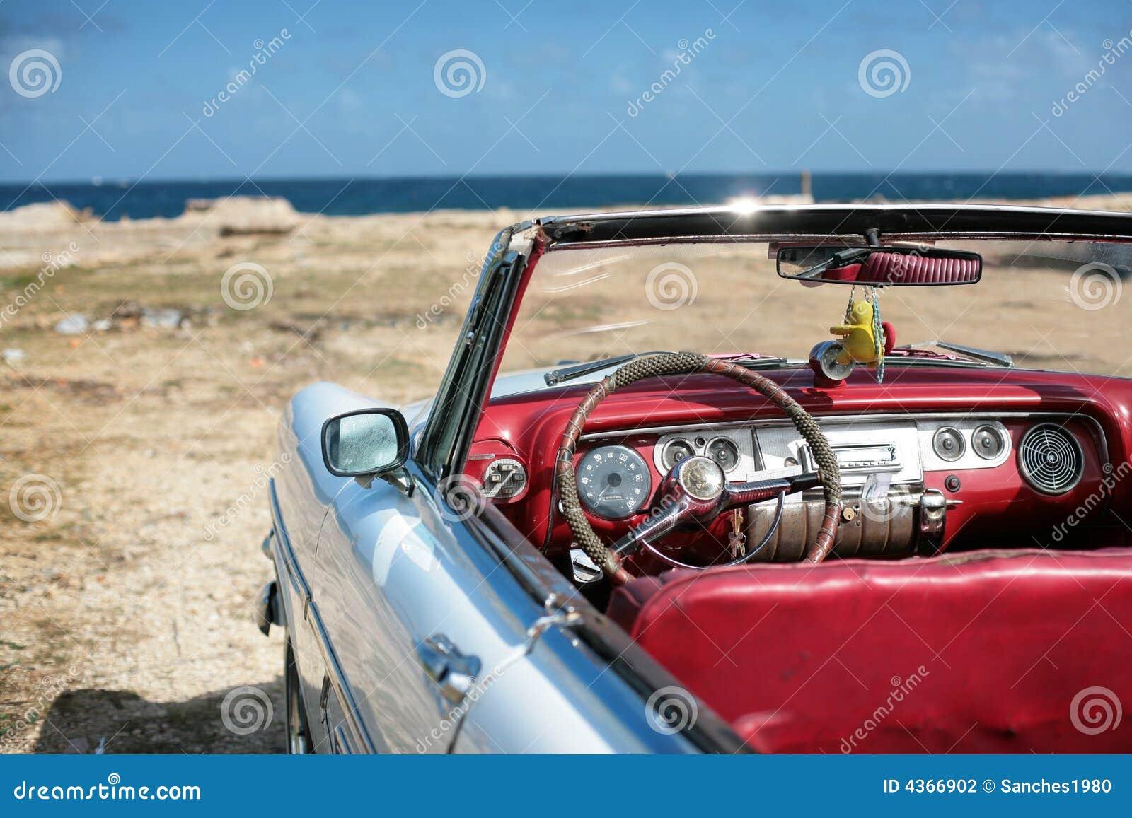 Vecchia automobile