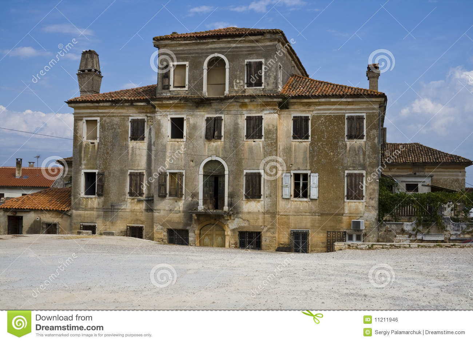 Vecchia casa mediterranea fotografia stock immagine di for Numeri di casa mediterranea