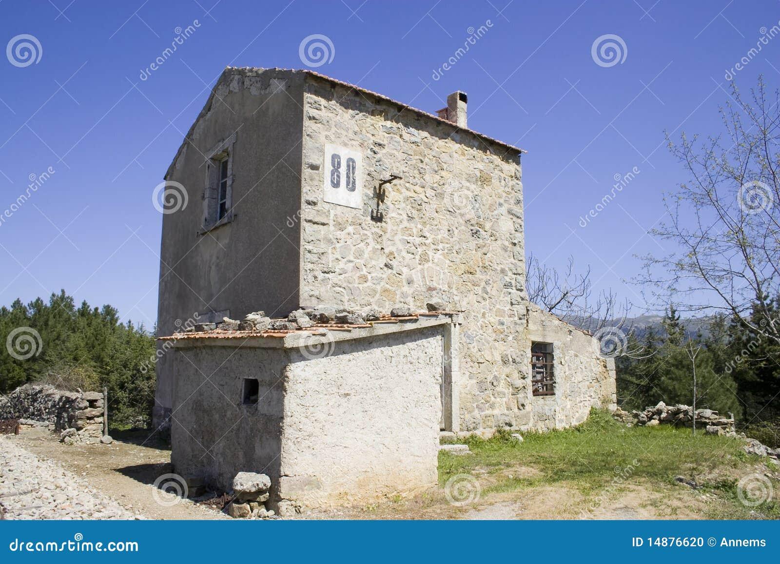 Case Di Pietra Sardegna : Case vacanza in pietra dai dammusi ai trulli dove andare in vacanza