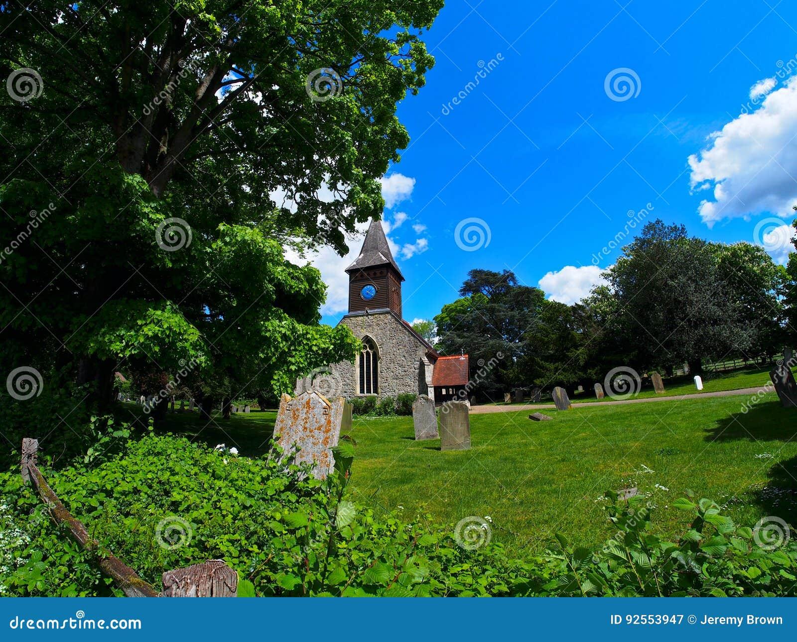 Vecchia chiesa inglese del villaggio