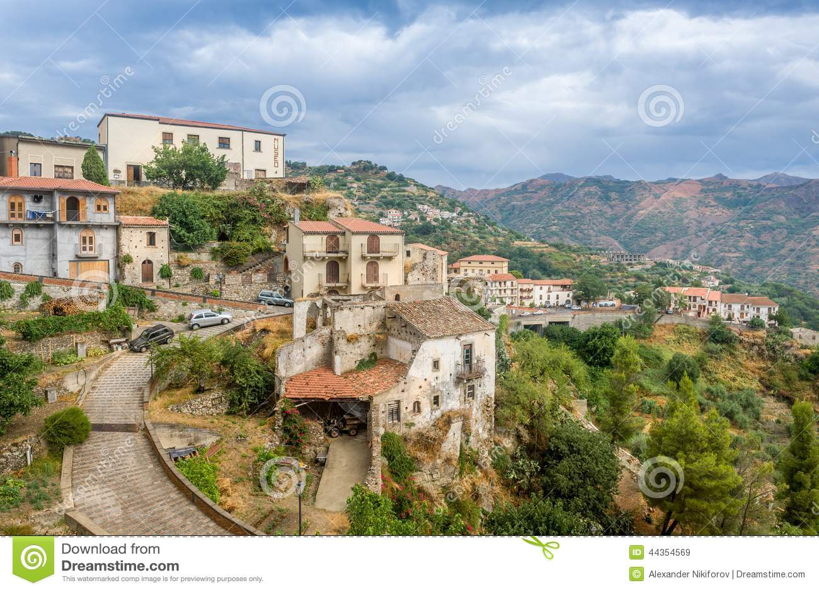 Vecchia città di Savoca