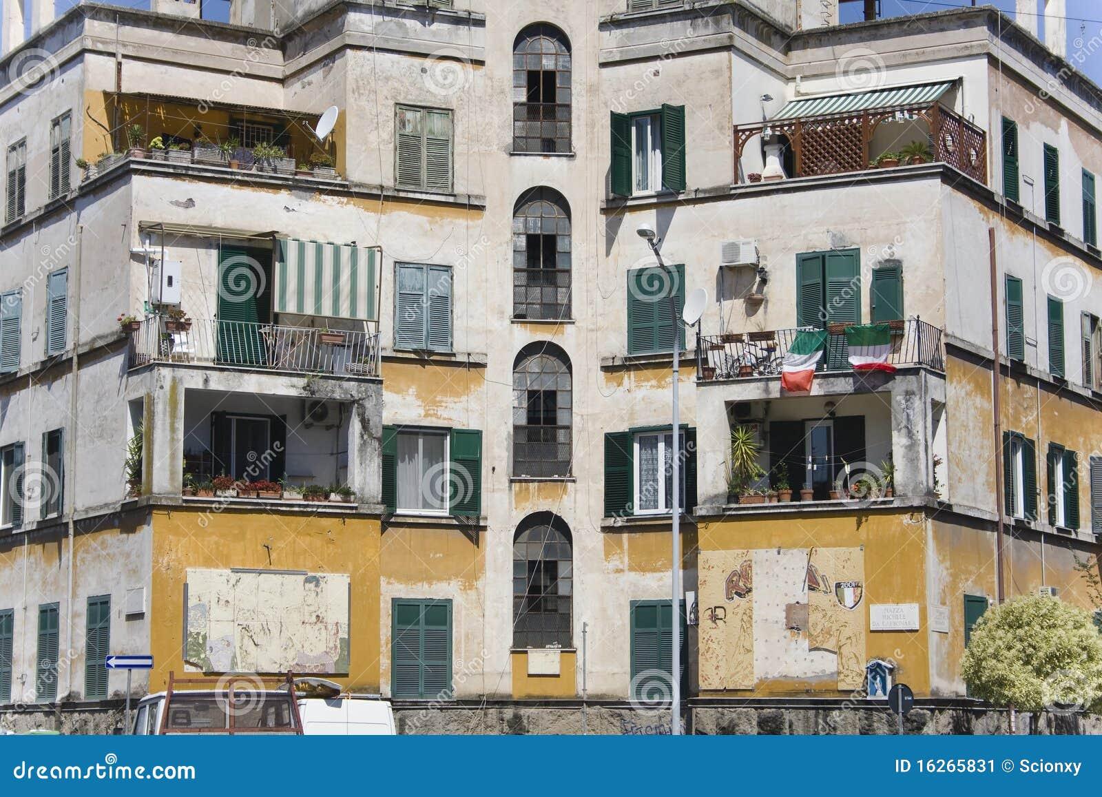 Vecchia costruzione dell 39 hotel a roma immagine stock for Piccoli piani di costruzione dell hotel