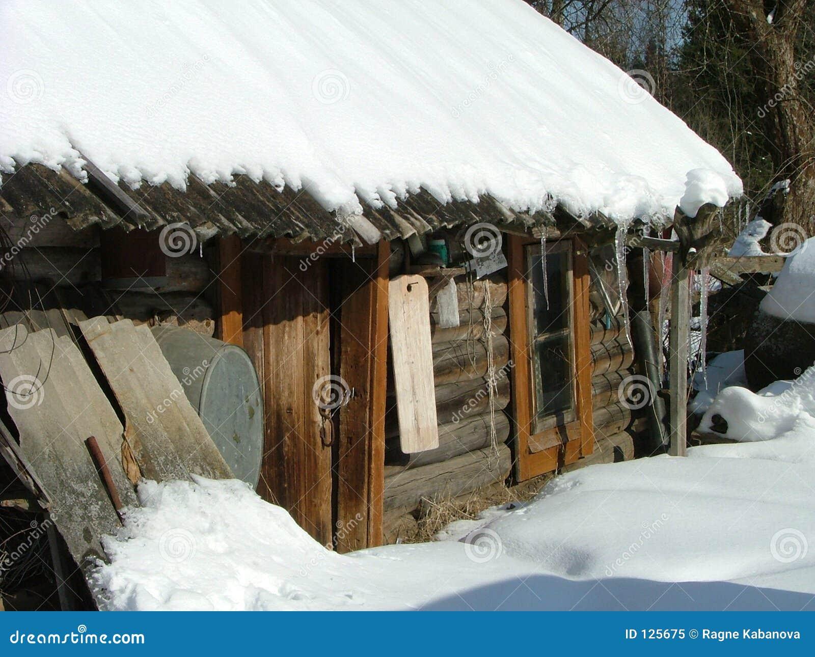 Vecchia costruzione di sauna (Siberia)