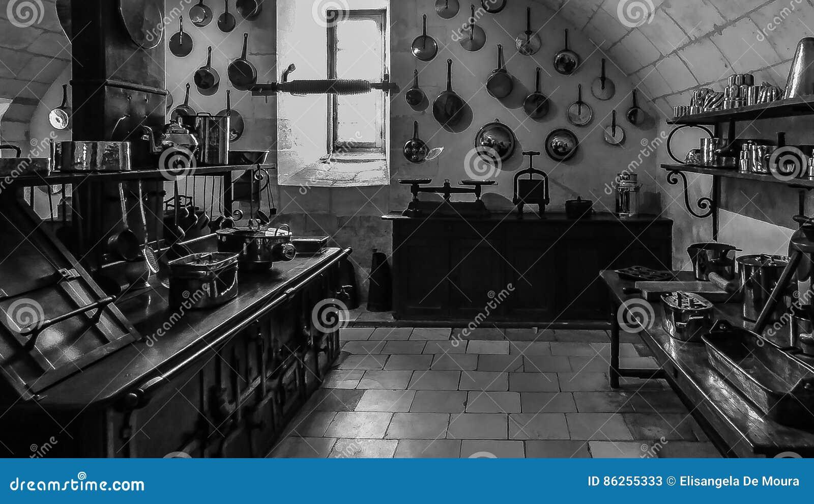Vecchia Cucina Del Palazzo Di Chenonceau Immagine Stock ...