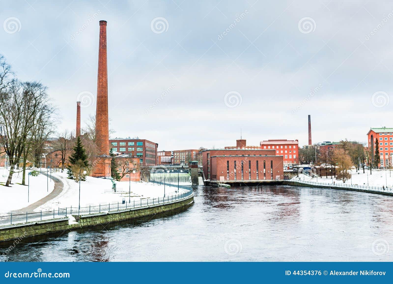 Vecchia diga nella città di Helsinki, Finlandia
