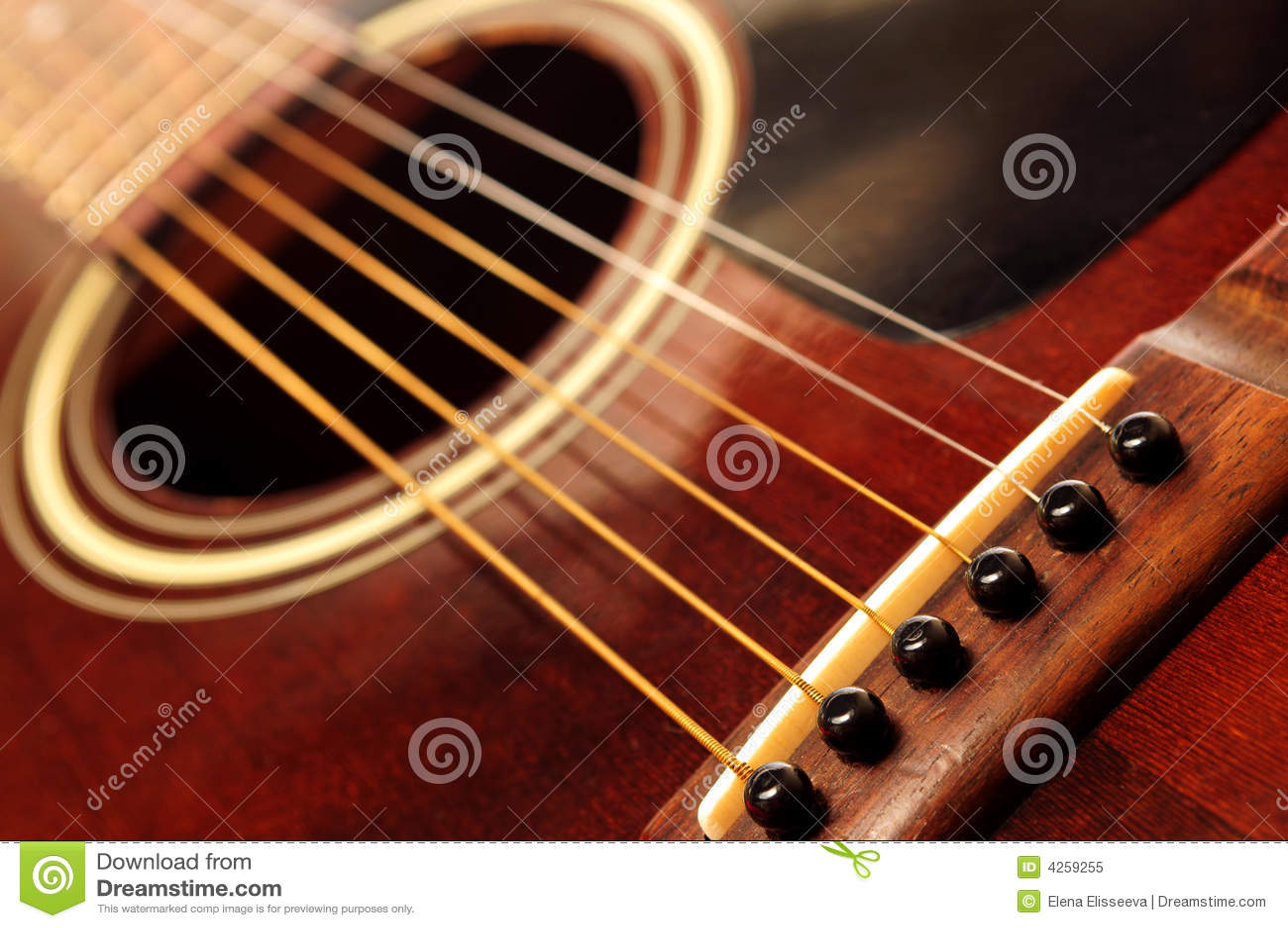 Vecchia fine della chitarra in su
