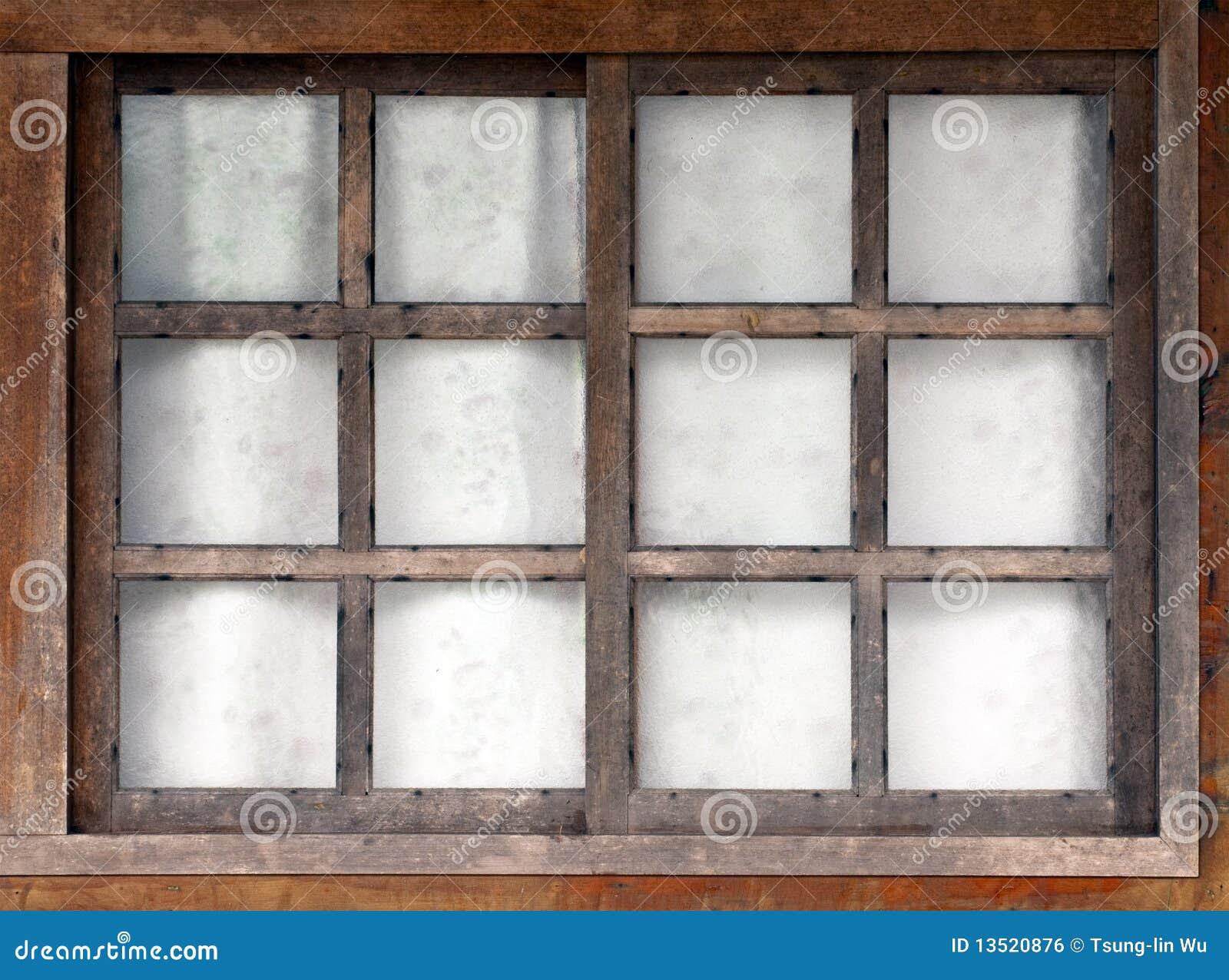 Vecchia finestra di legno immagine stock libera da diritti for Finestra vecchia