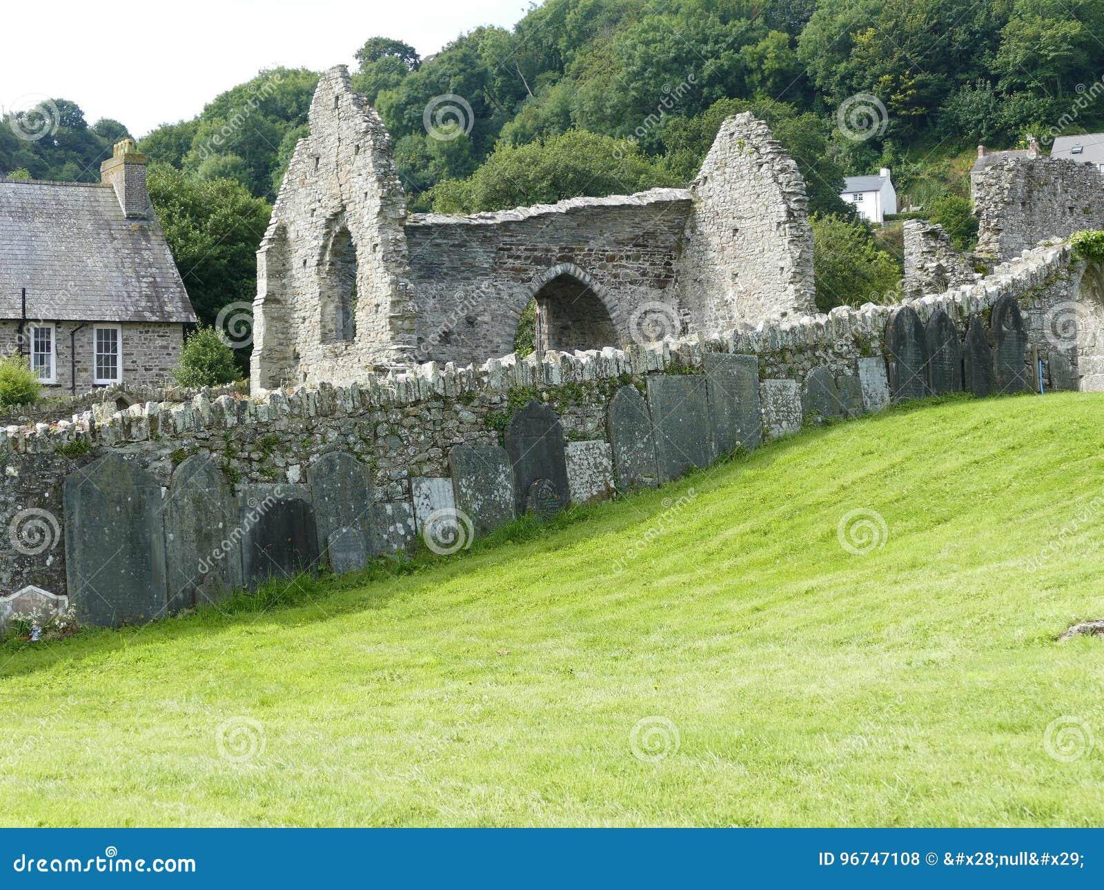 Vecchia pietra Abby di Lingua gallese