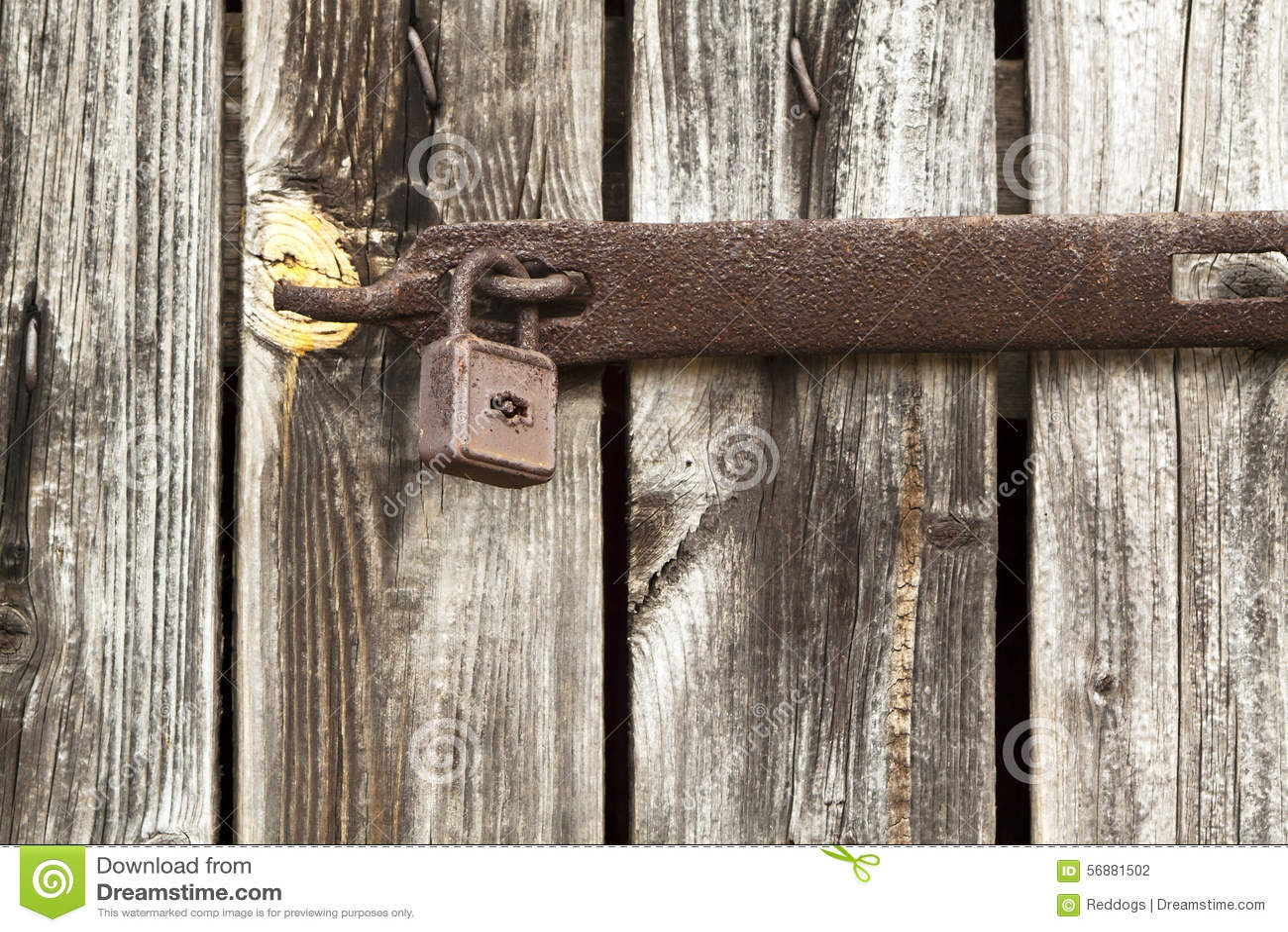 Vecchia porta bloccata