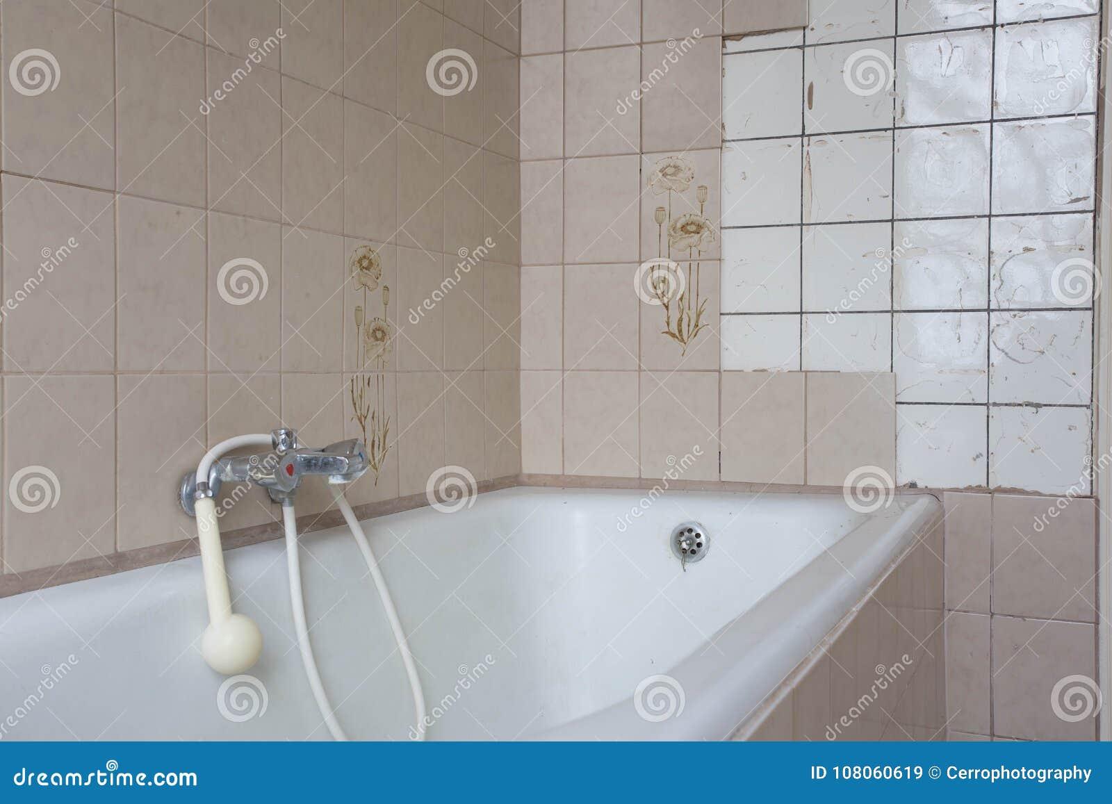 Idea riciclo vecchia vasca da bagno riciclotutto