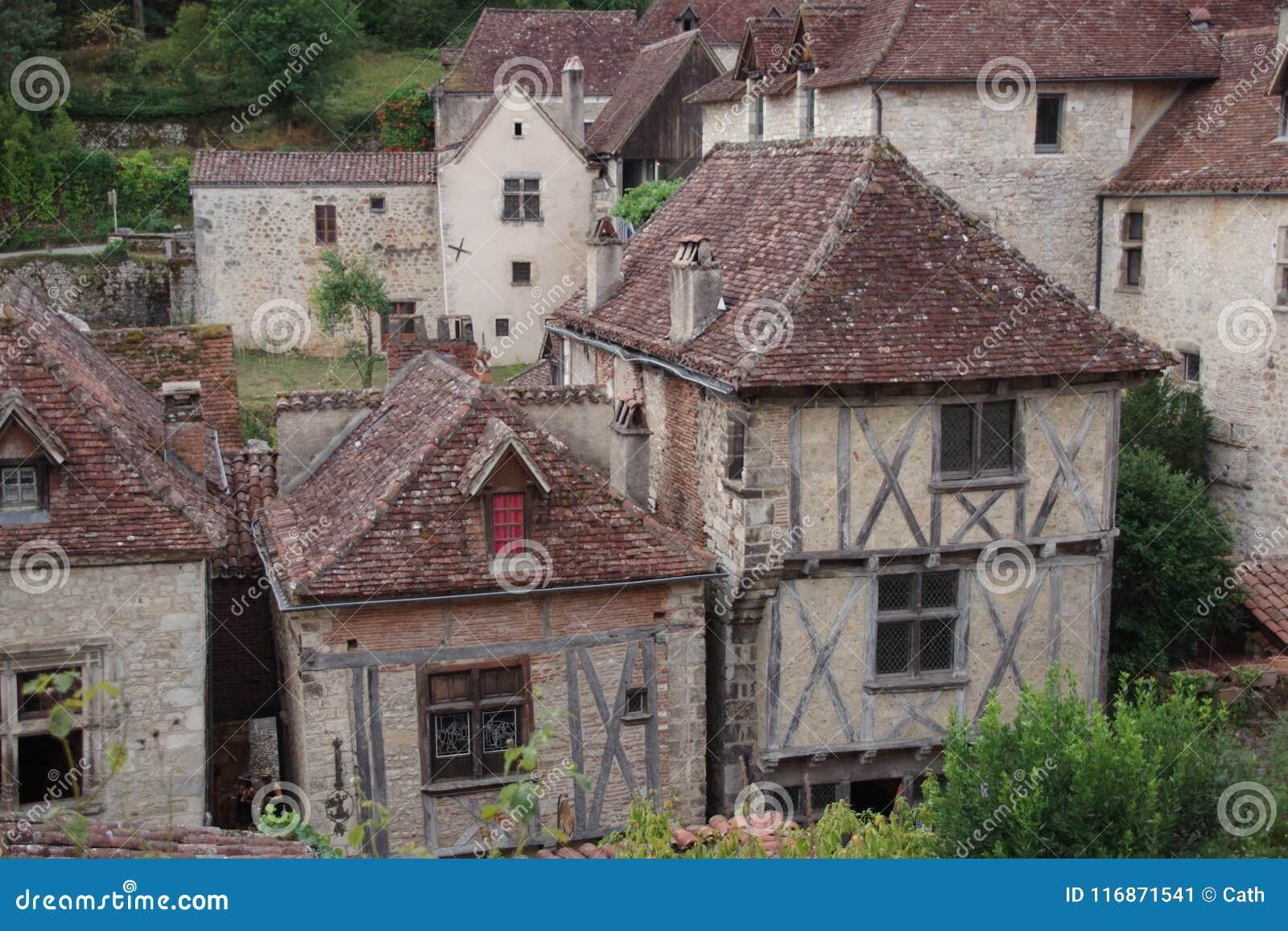 Case Di Pietra E Legno : Vecchie case casa a graticcio periodi medievali miscela della