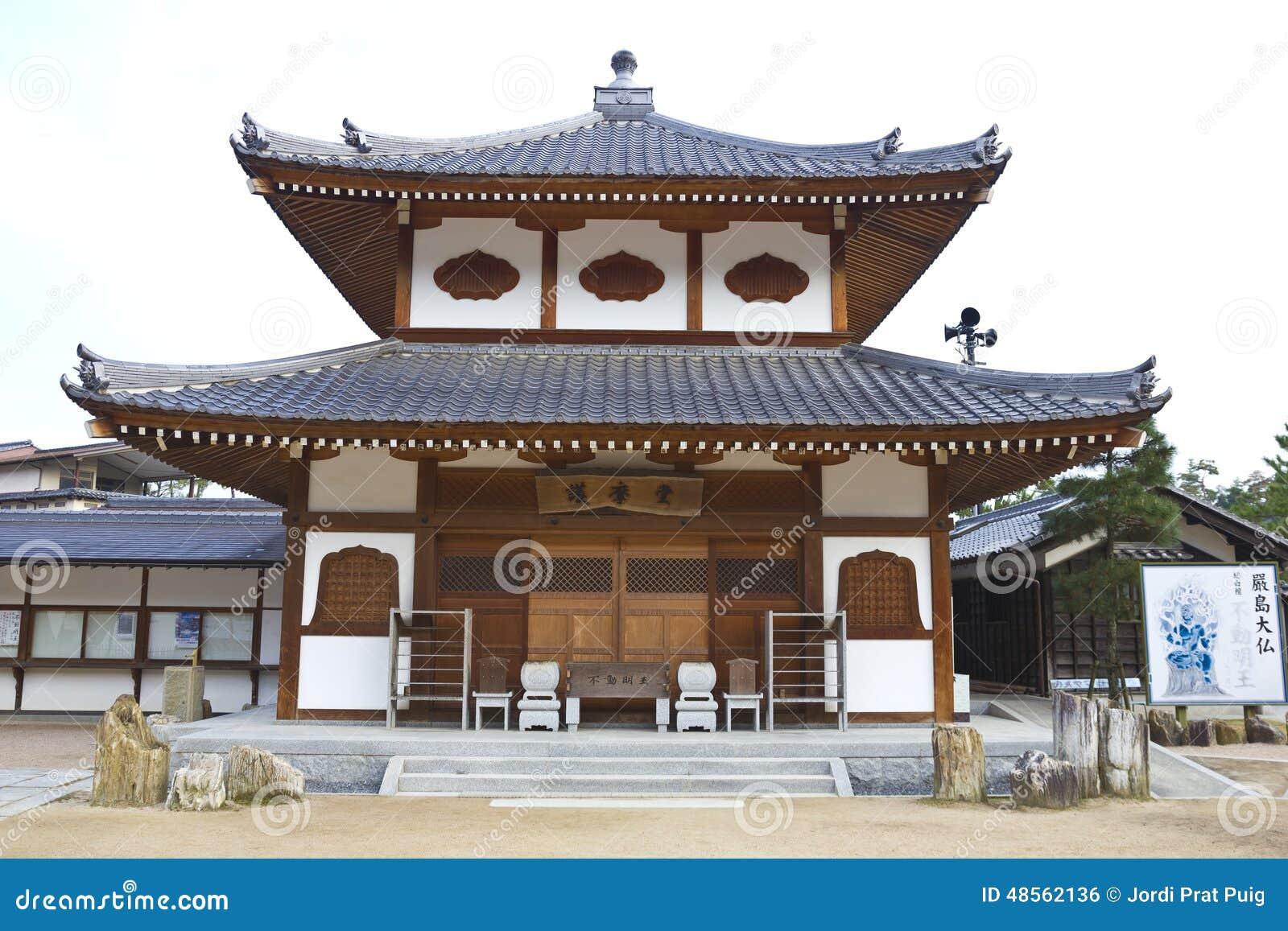 vecchie case di legno giapponesi fotografia editoriale