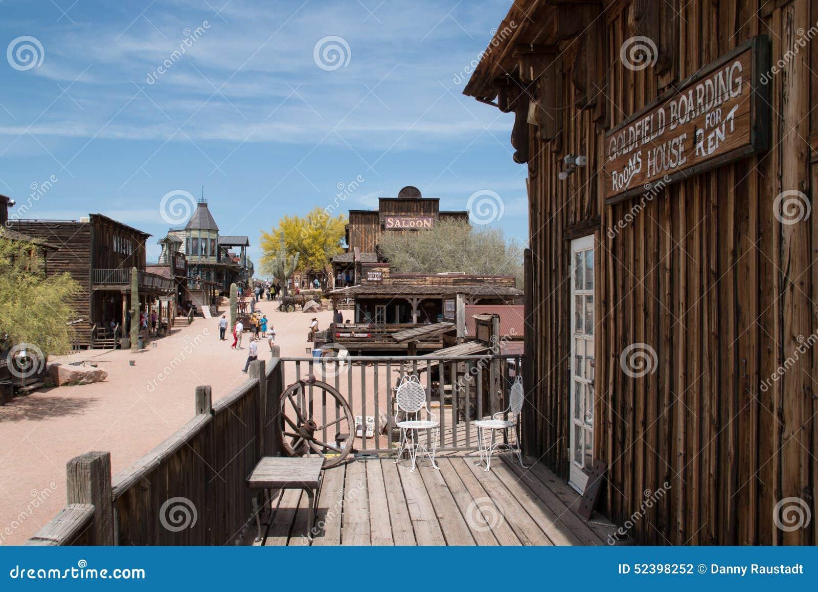 Vecchie costruzioni della città di selvaggi West