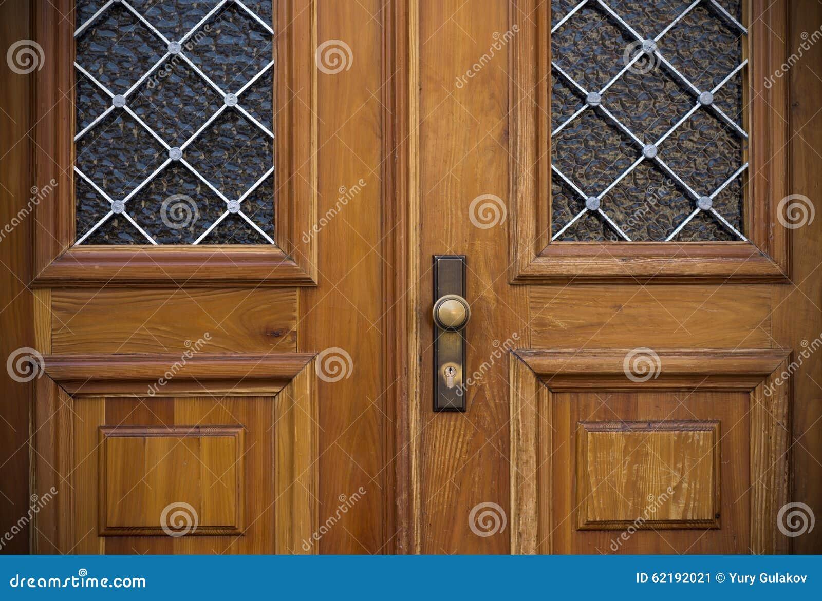 Vecchie porte maniglie serrature grate e finestre fotografia stock immagine 62192021 - Maniglie finestre prezzi ...