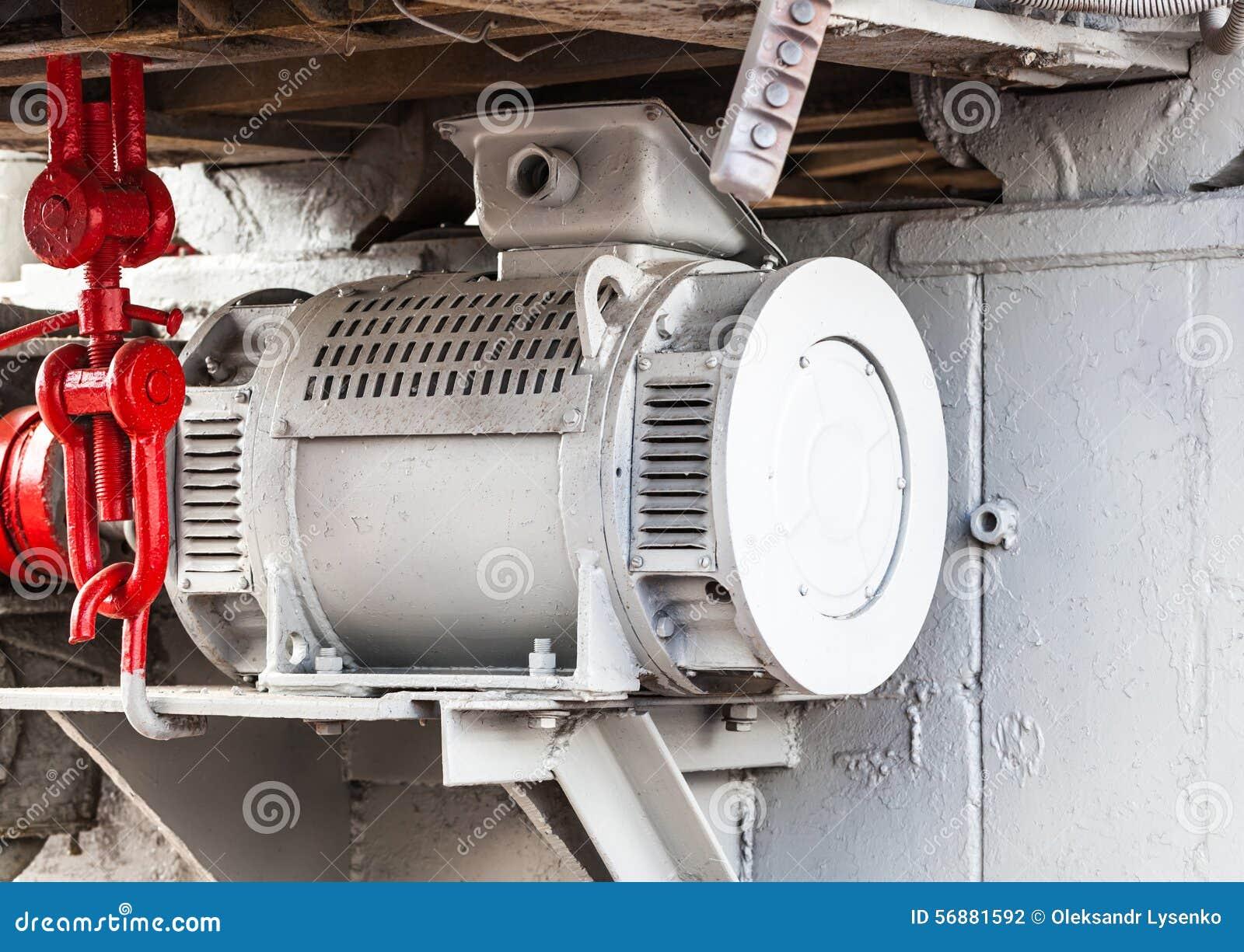 Vecchie riparazione e costruzione del meccanismo