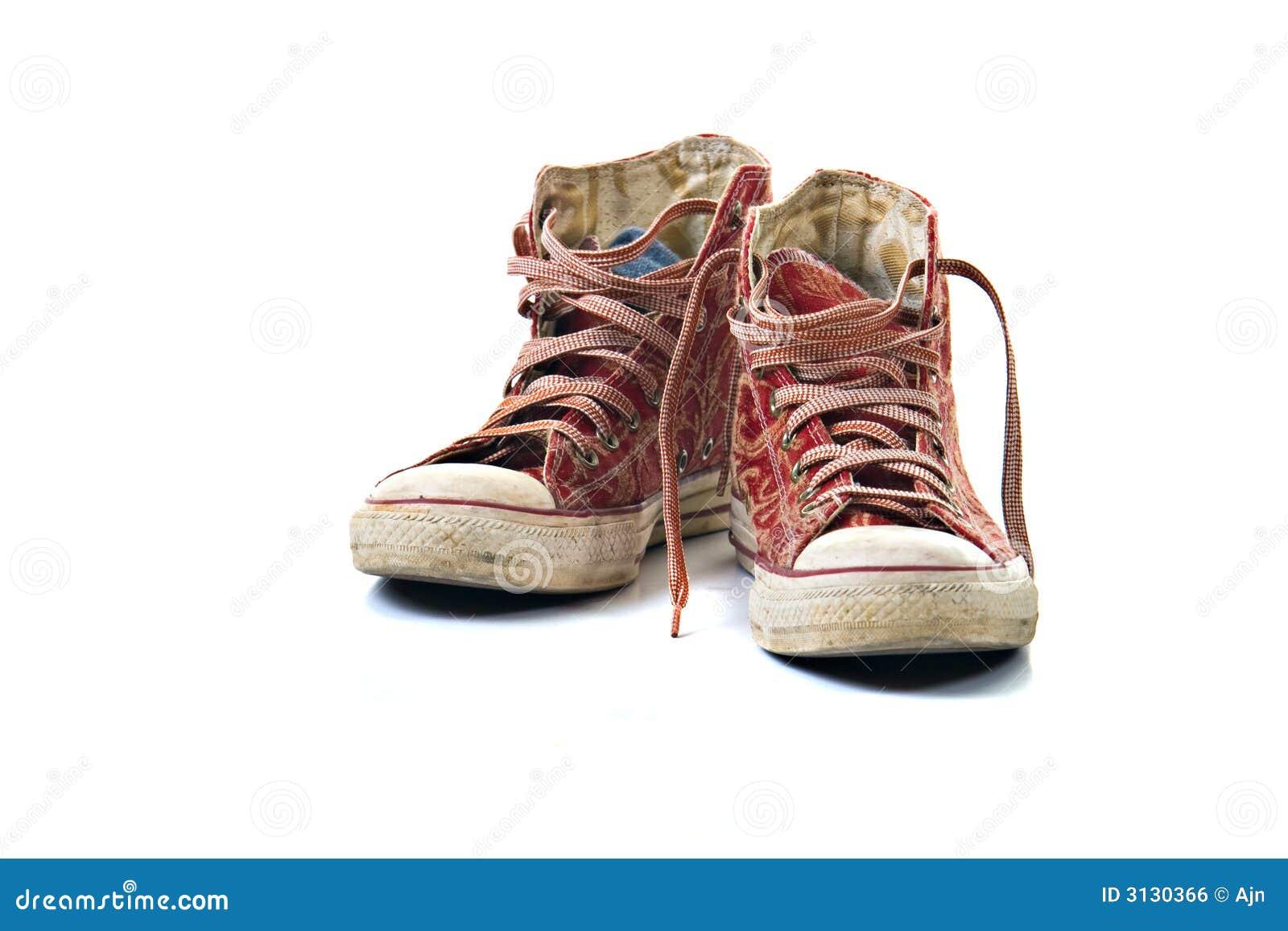 Vecchie scarpe da tennis