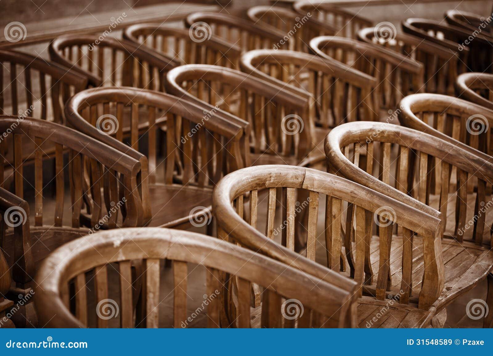 Stock Sedie Di Legno.Vecchie Sedie Di Legno Nel Teatro Immagine Stock Immagine Di
