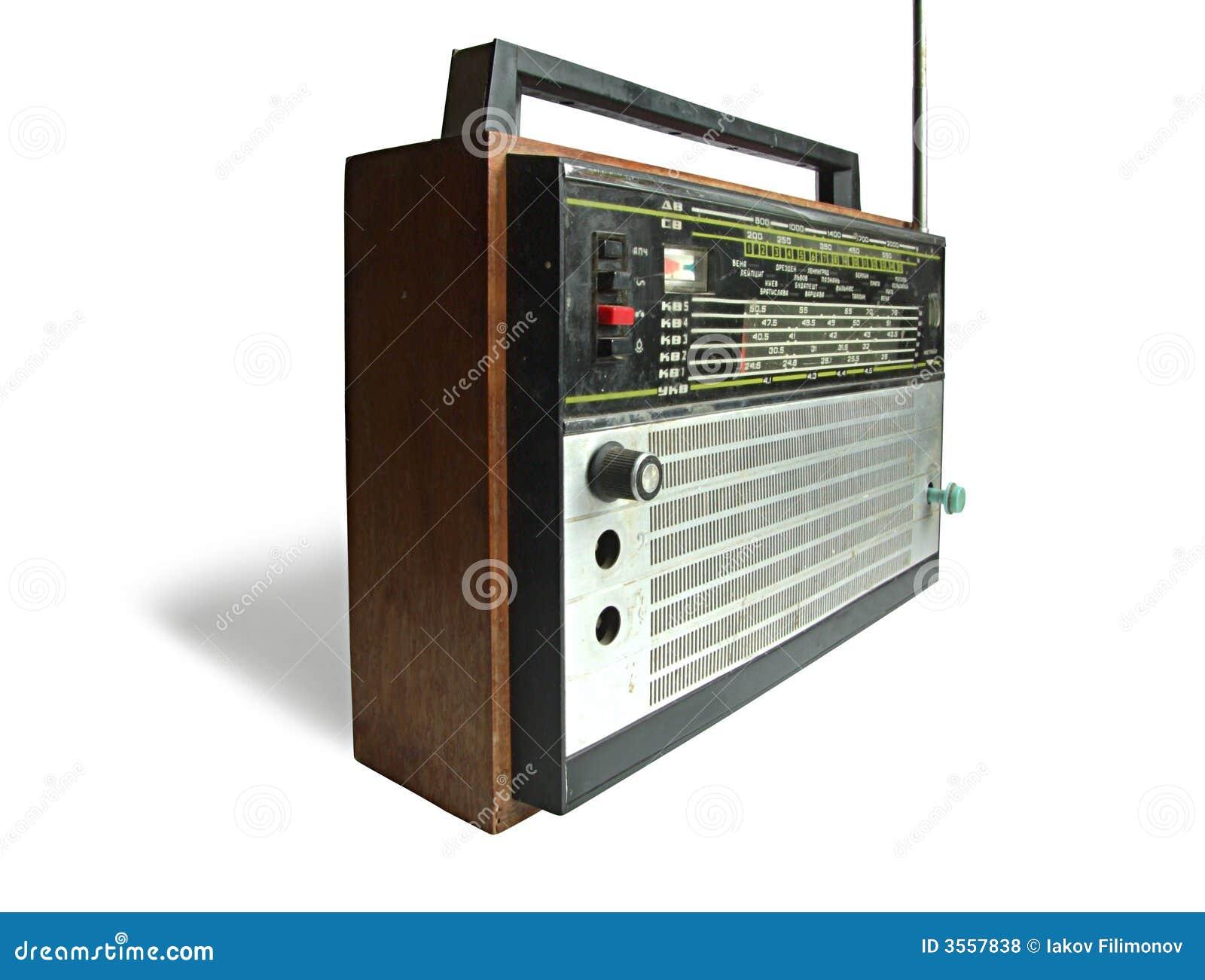 Vecchio apparecchio radioricevente sovietico