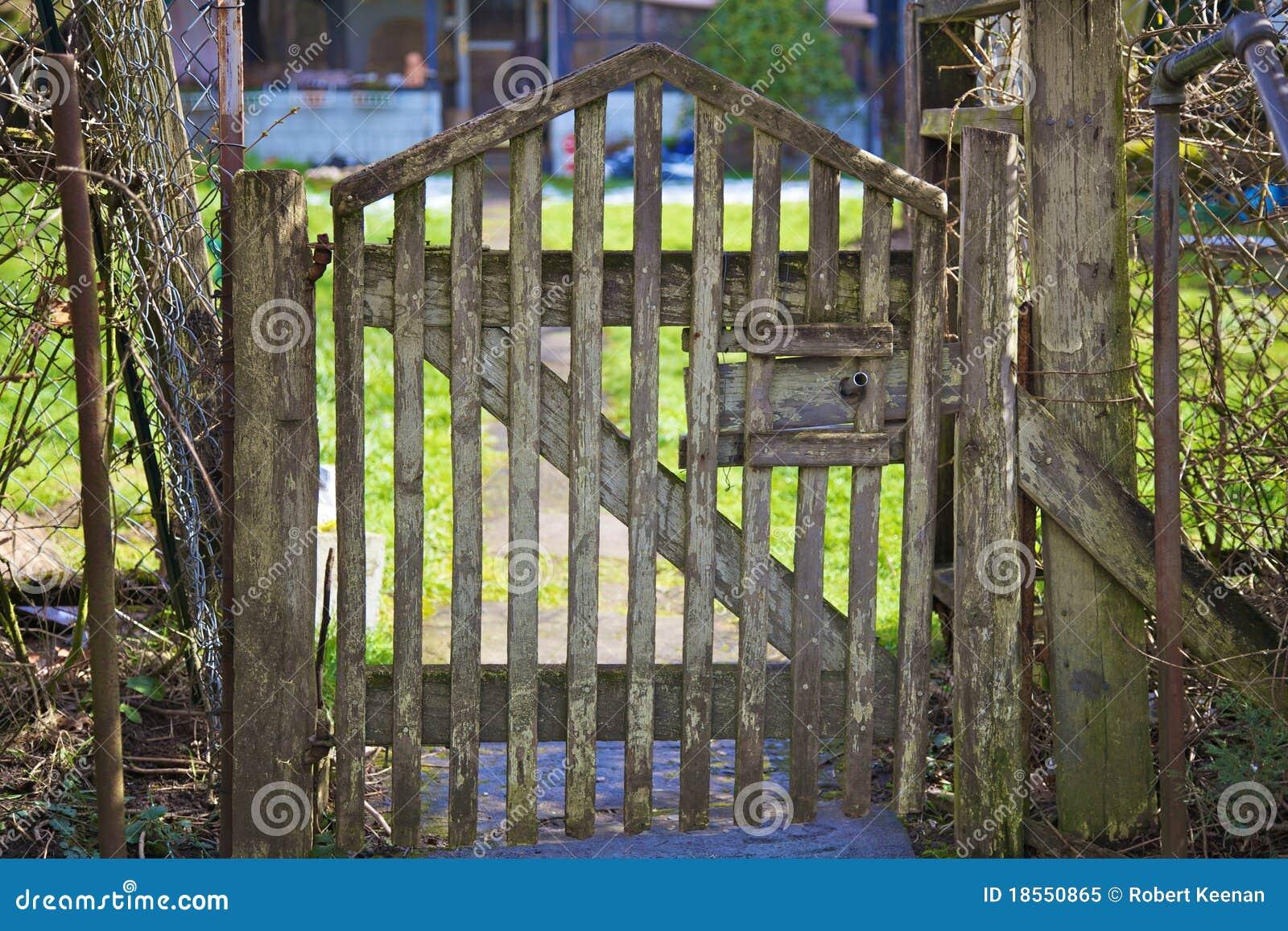 Cancello Di Legno Minecraft : Come fare un cancelletto in legno tetto in legno fai da te con