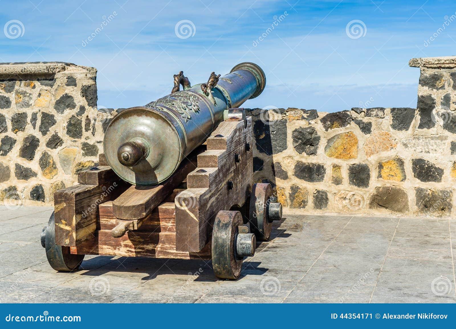 Vecchio cannone Vie di Puerto Cruz