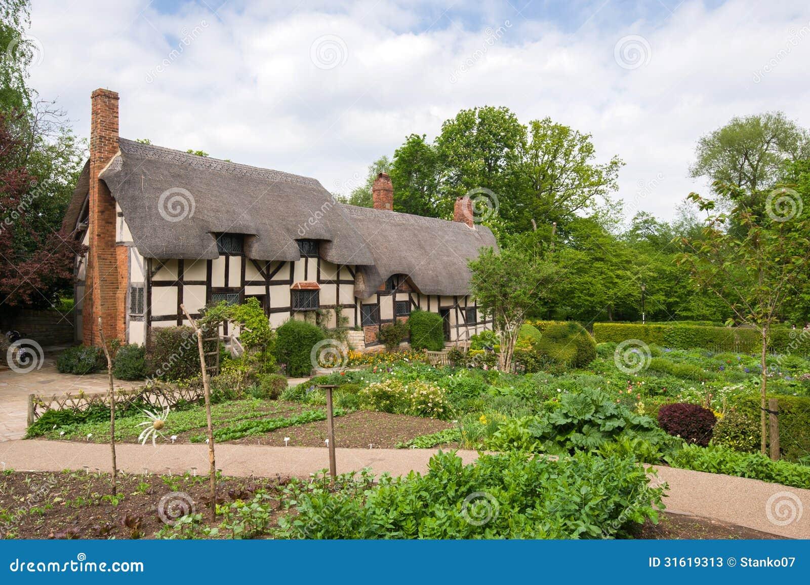 Vecchio cottage inglese rurale immagine stock immagine for Cottage inglese perfetto