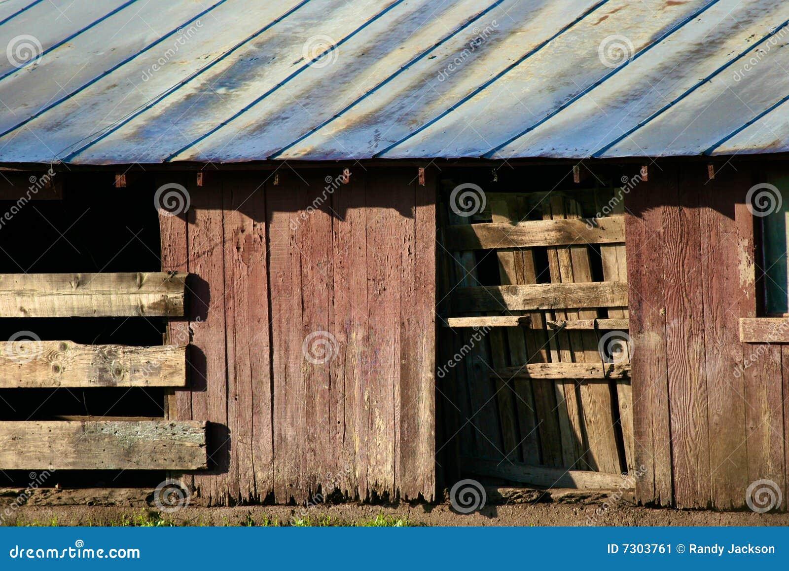 Vecchio di legno del granaio