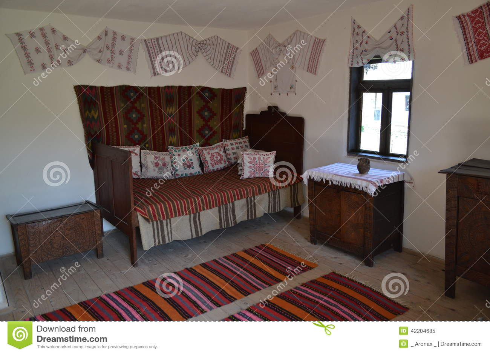 Vecchio interno della casa di campagna immagine stock for Interno della casa