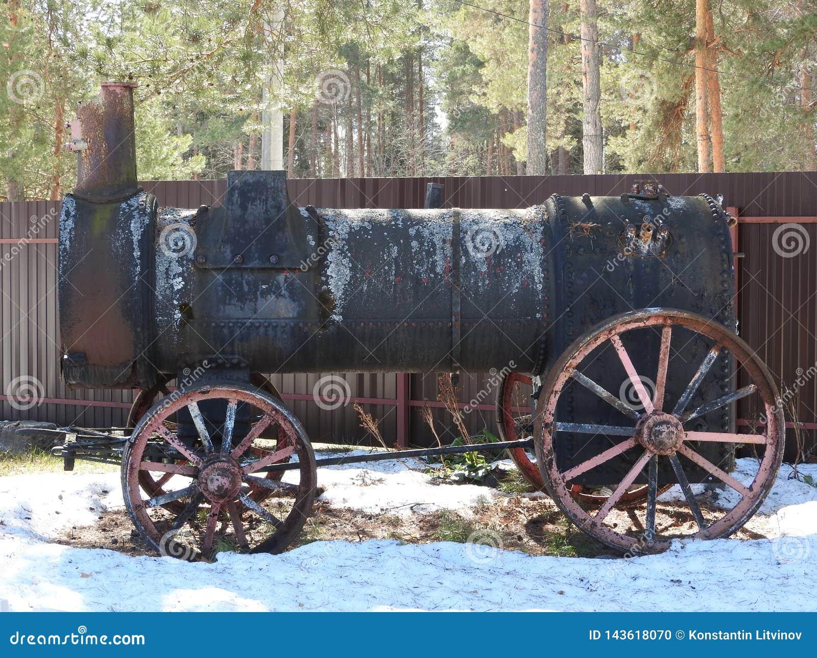 Vecchio museo all aperto nell inverno, Russia di Pereslavl della locomotiva a vapore