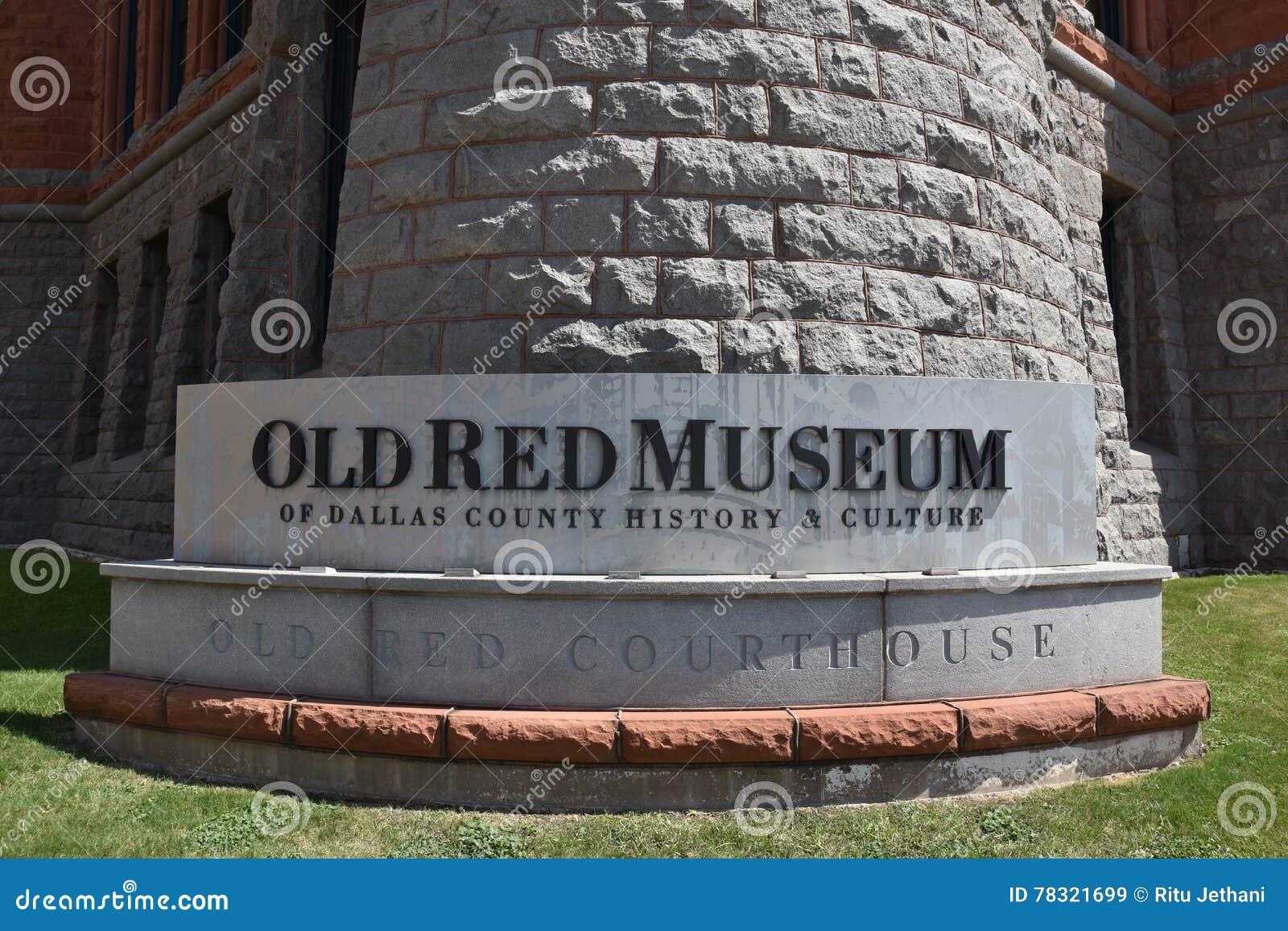 Vecchio museo rosso, precedentemente Dallas County Courthouse, nel Texas