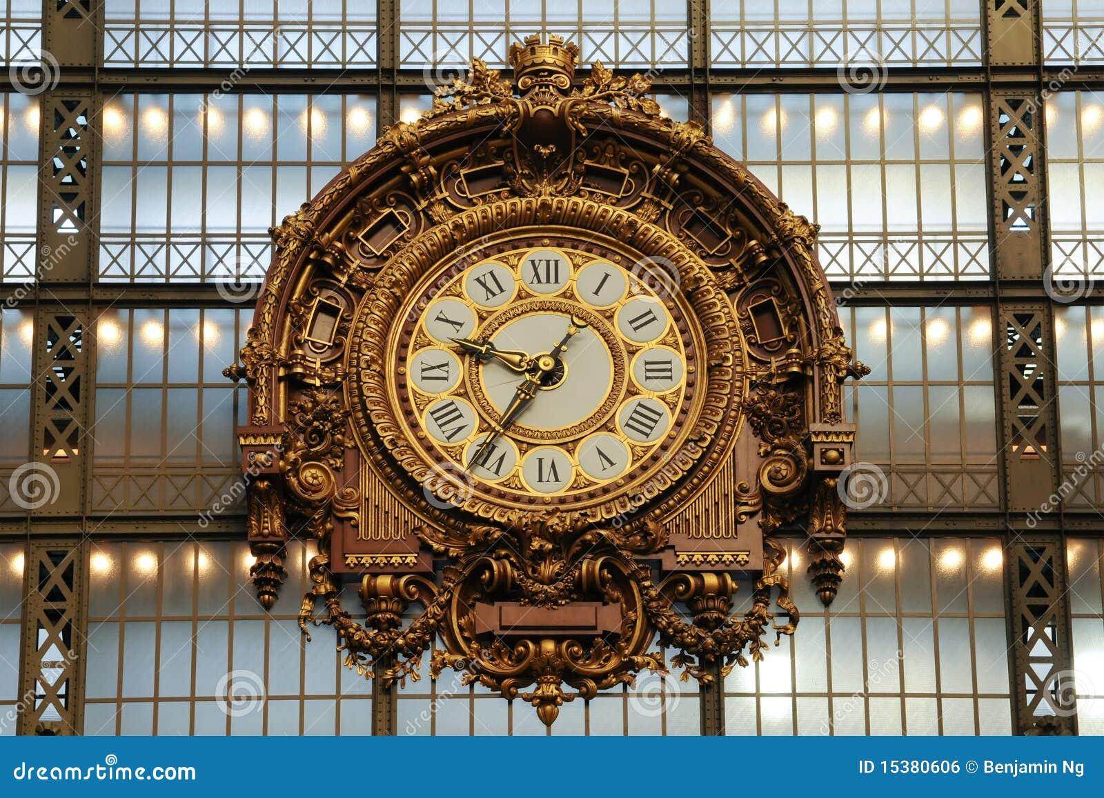 Vecchio orologio della stazione ferroviaria immagine stock for Orologio da stazione