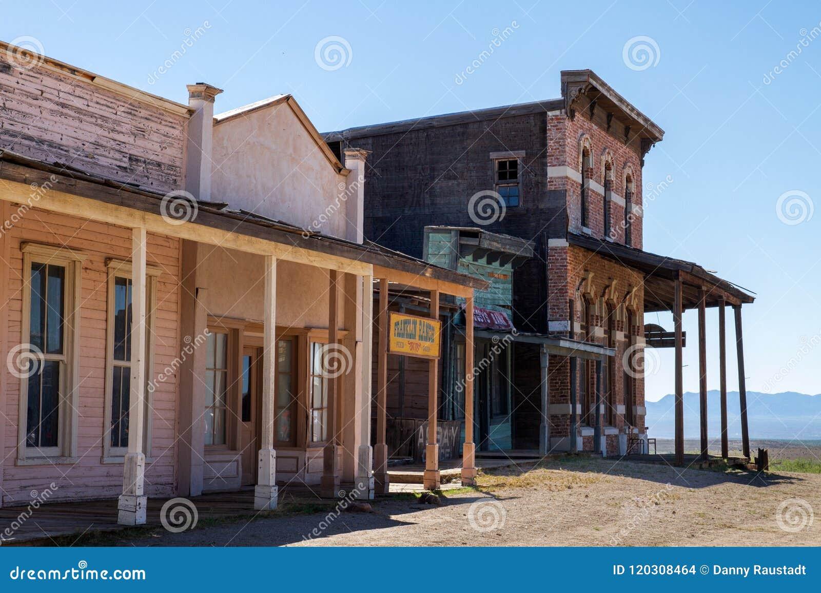 Vecchio set cinematografico di selvaggi West in Mescal, Arizona