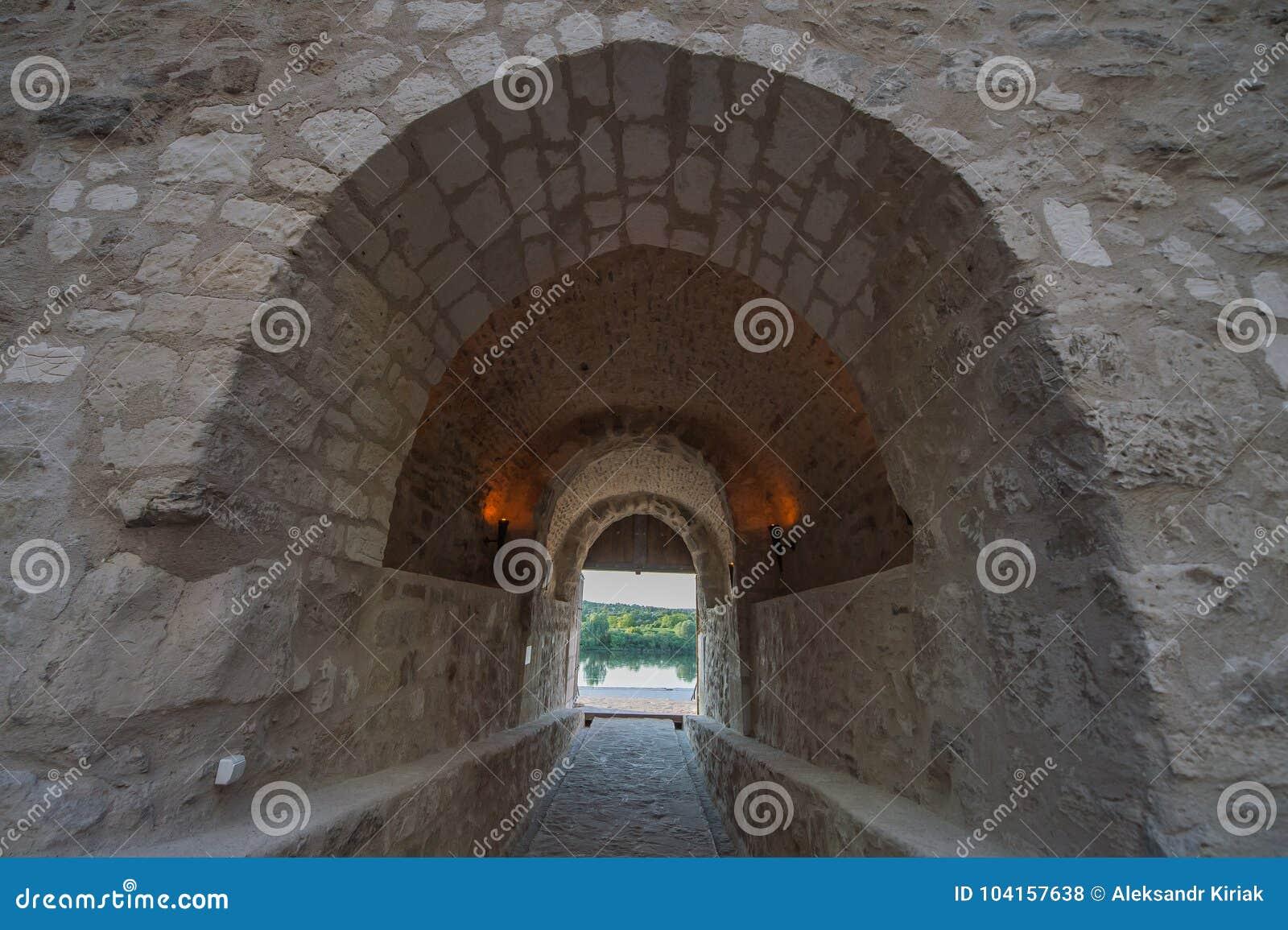 Vecchio tunnel delle costruzioni