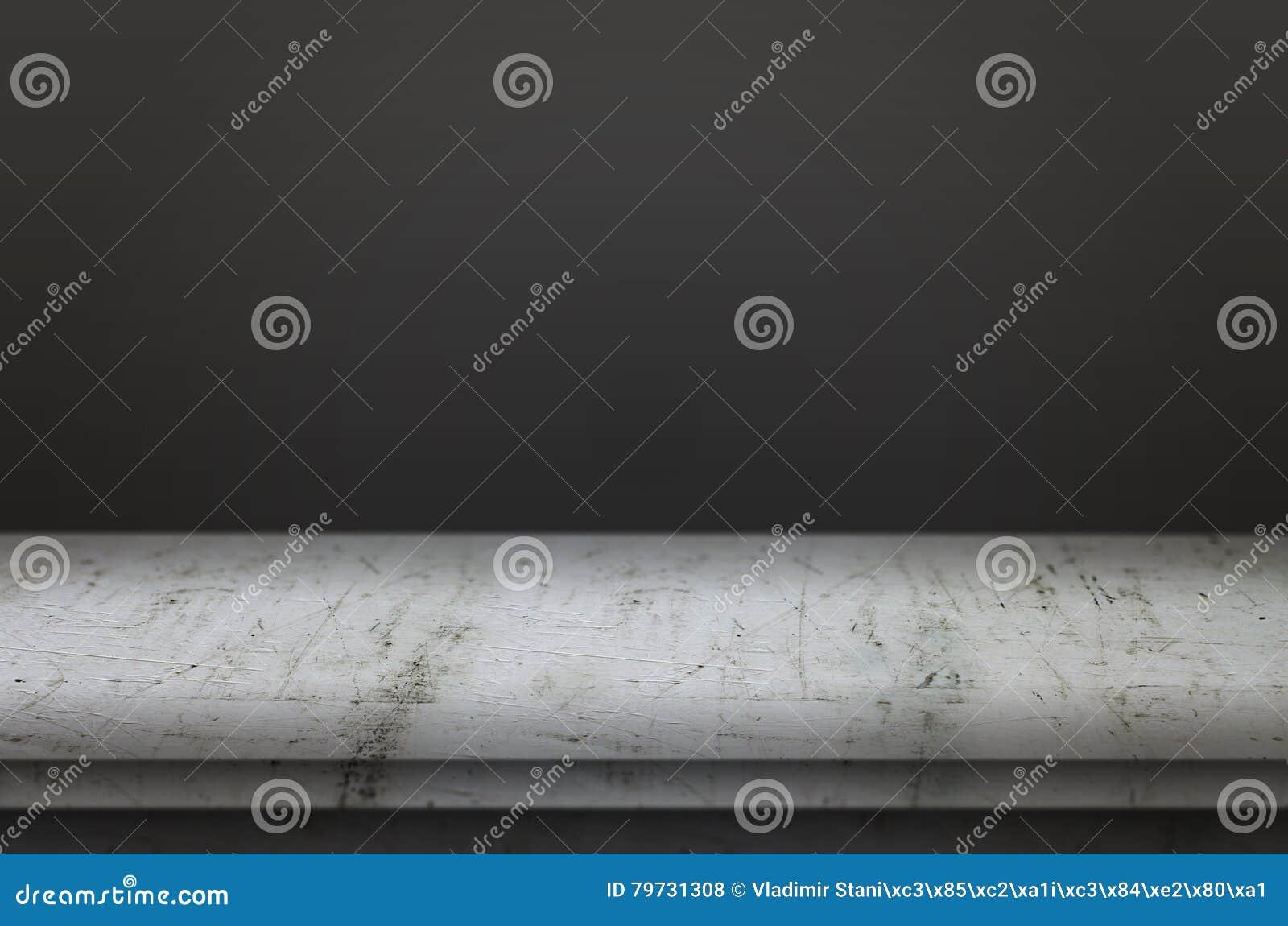 Vector vacío Opinión de parte delantera con el fondo negro de la pared