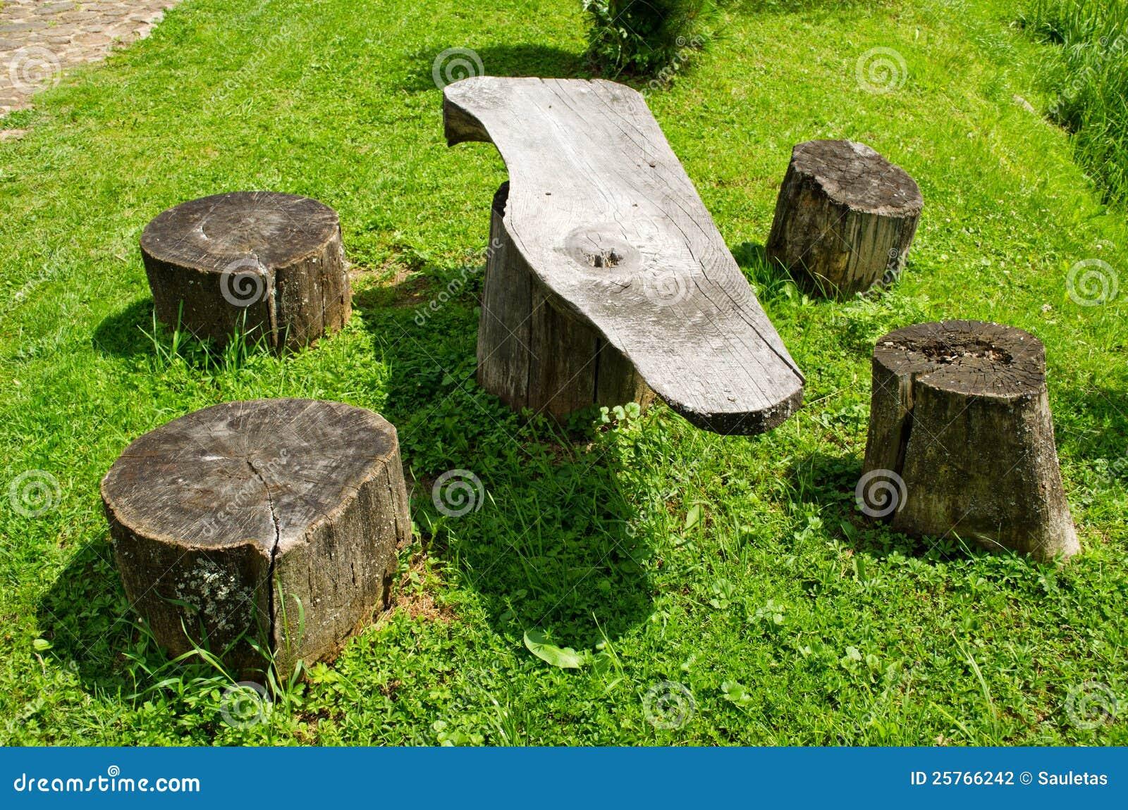 Vector y sillas de los tocones de madera del tronco lugar - Tocones de madera ...