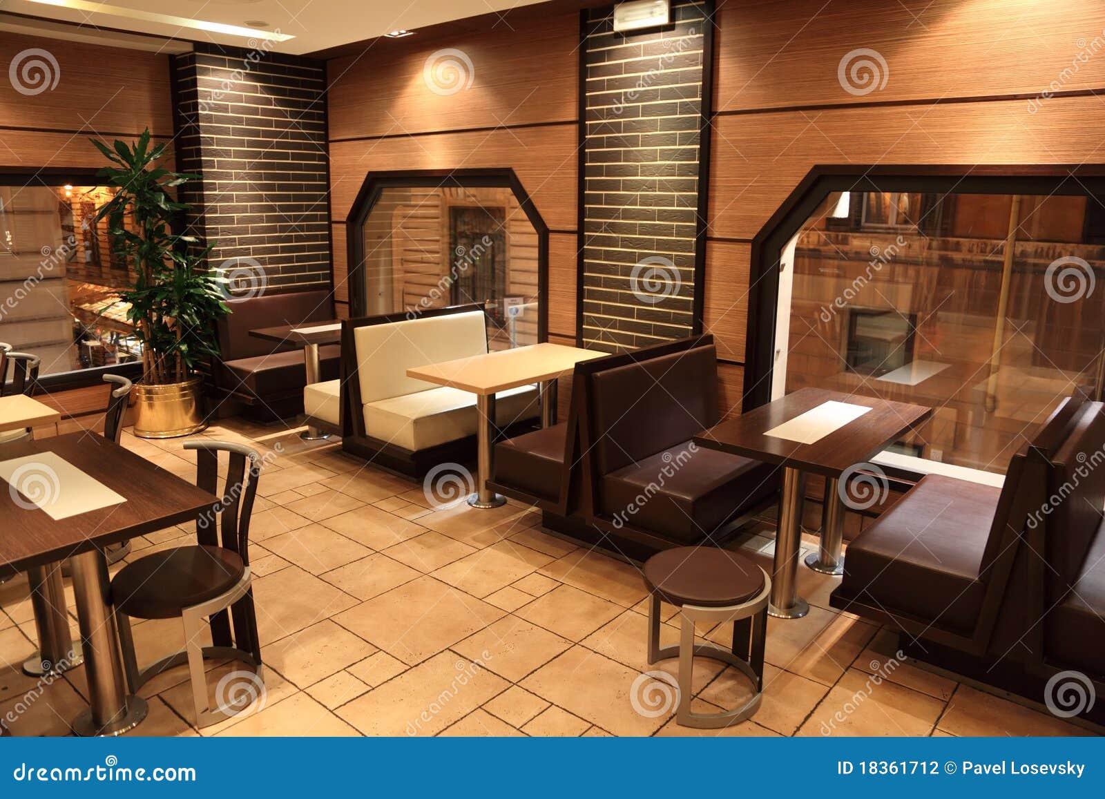 Vectores Sillas Y Ventanas En Peque 241 O Restaurante Foto De