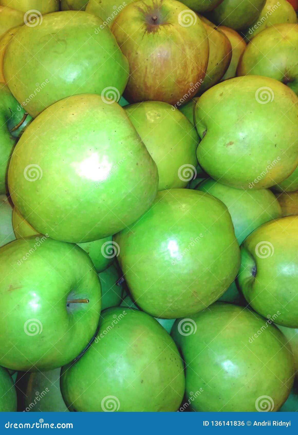 Veel groene appelen