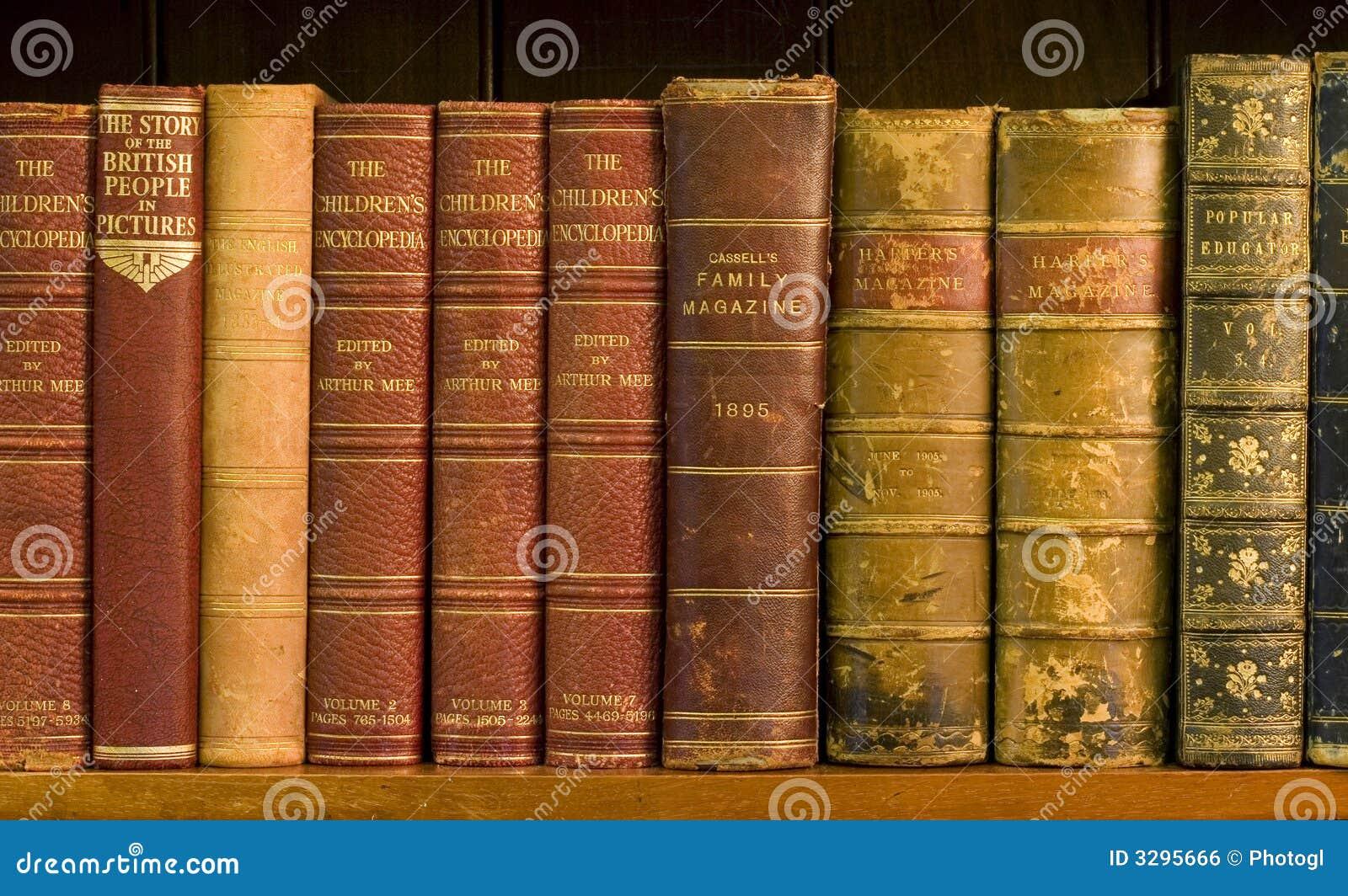 Veel oude boeken in een bibliotheek royalty vrije stock afbeelding afbeelding 3295666 - Idee bibliotheek ...