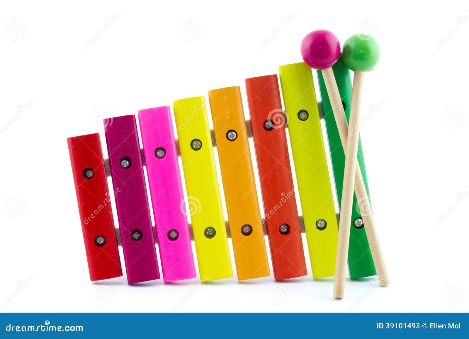 Veelkleurige xylofoon met twee houten stokken
