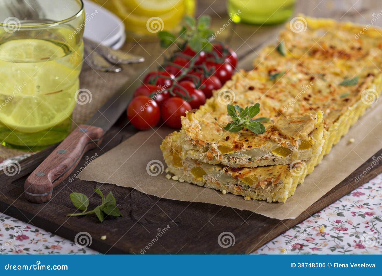 Vegan quiche with tofu