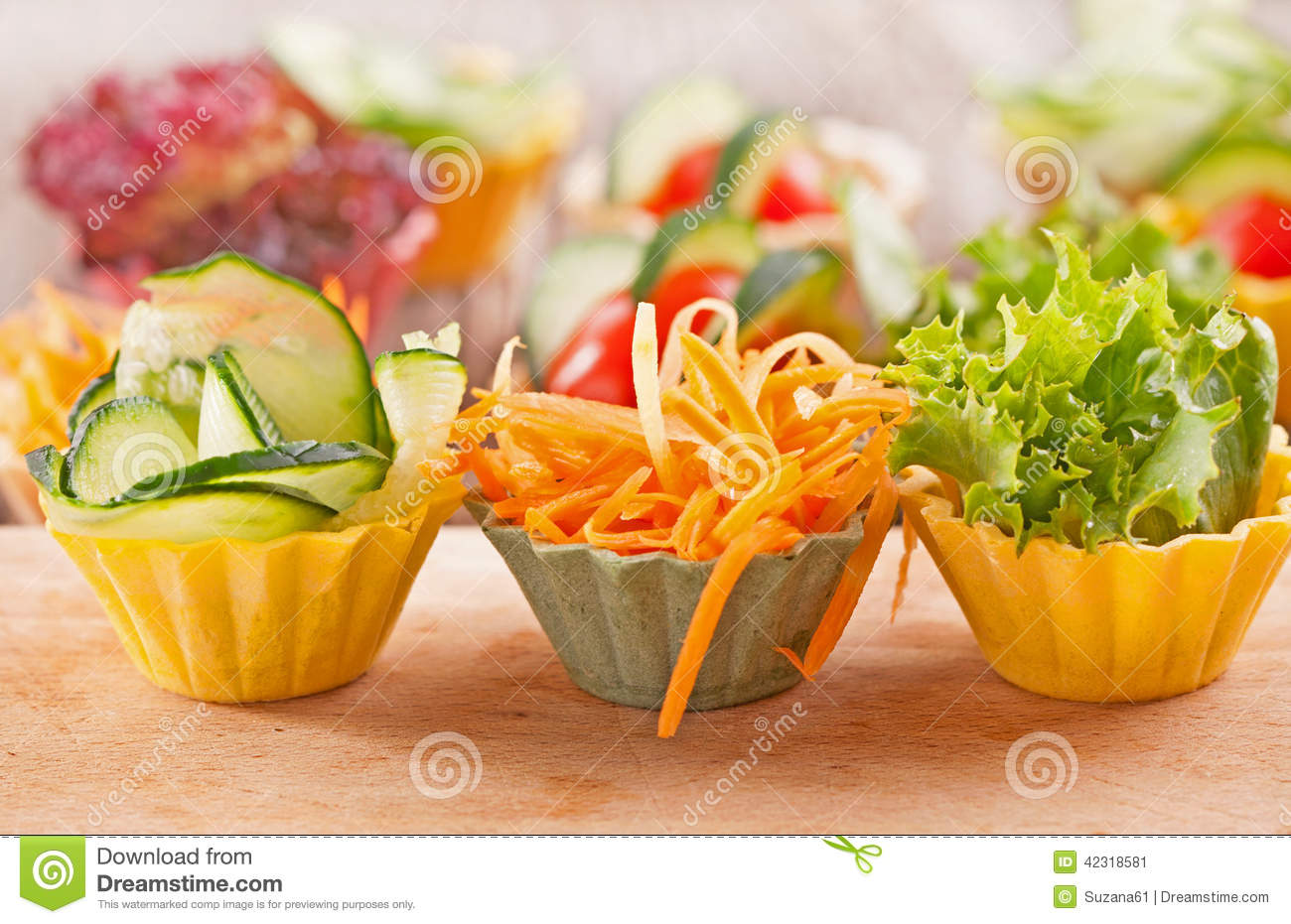Vegetable canapes stock photo image 42318581 for Decoration canape