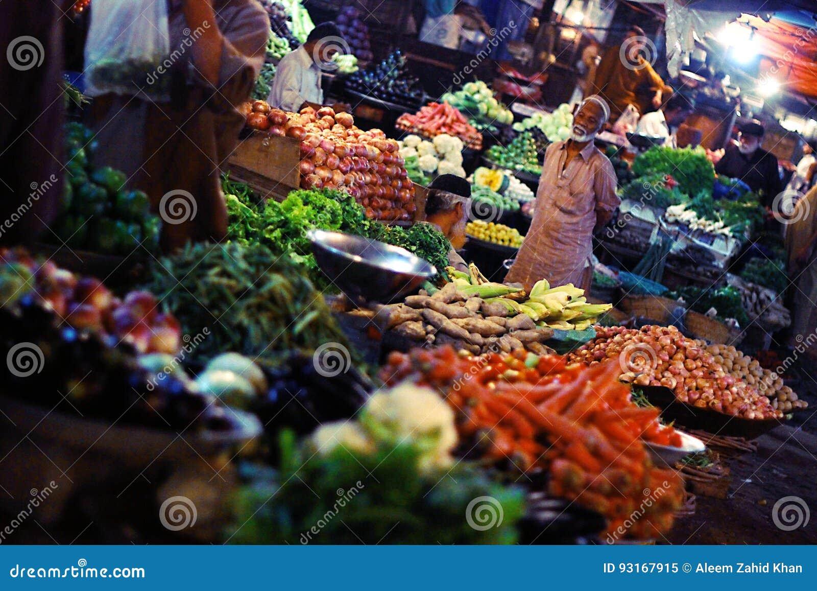 Mallu bazar market karachi pakistan - 4 5