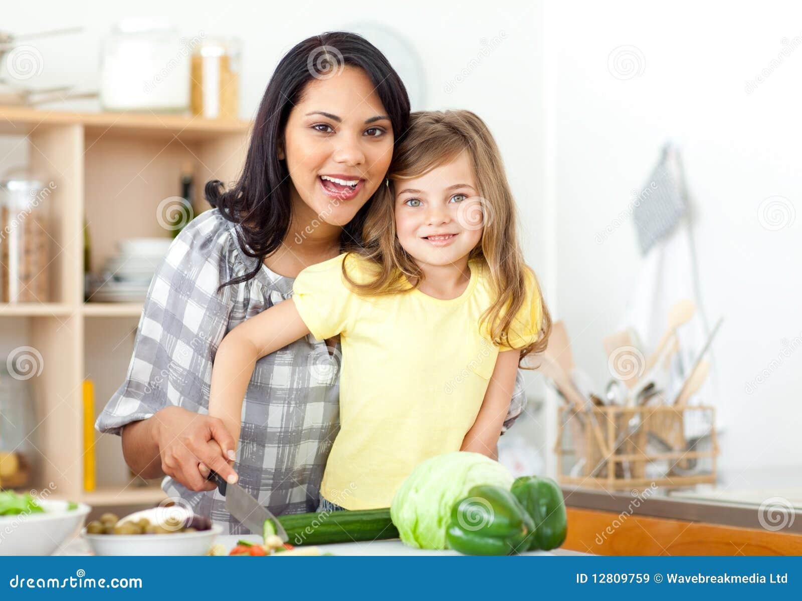 Vegetais de sorriso da estaca da matriz e da filha