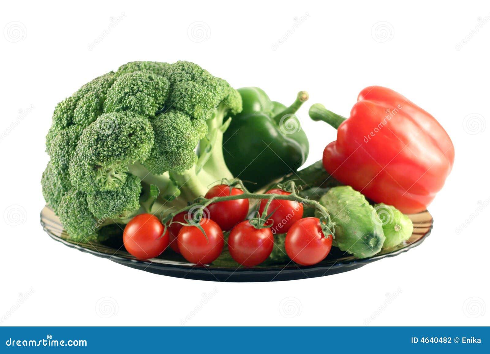 Vegetais em uma placa.