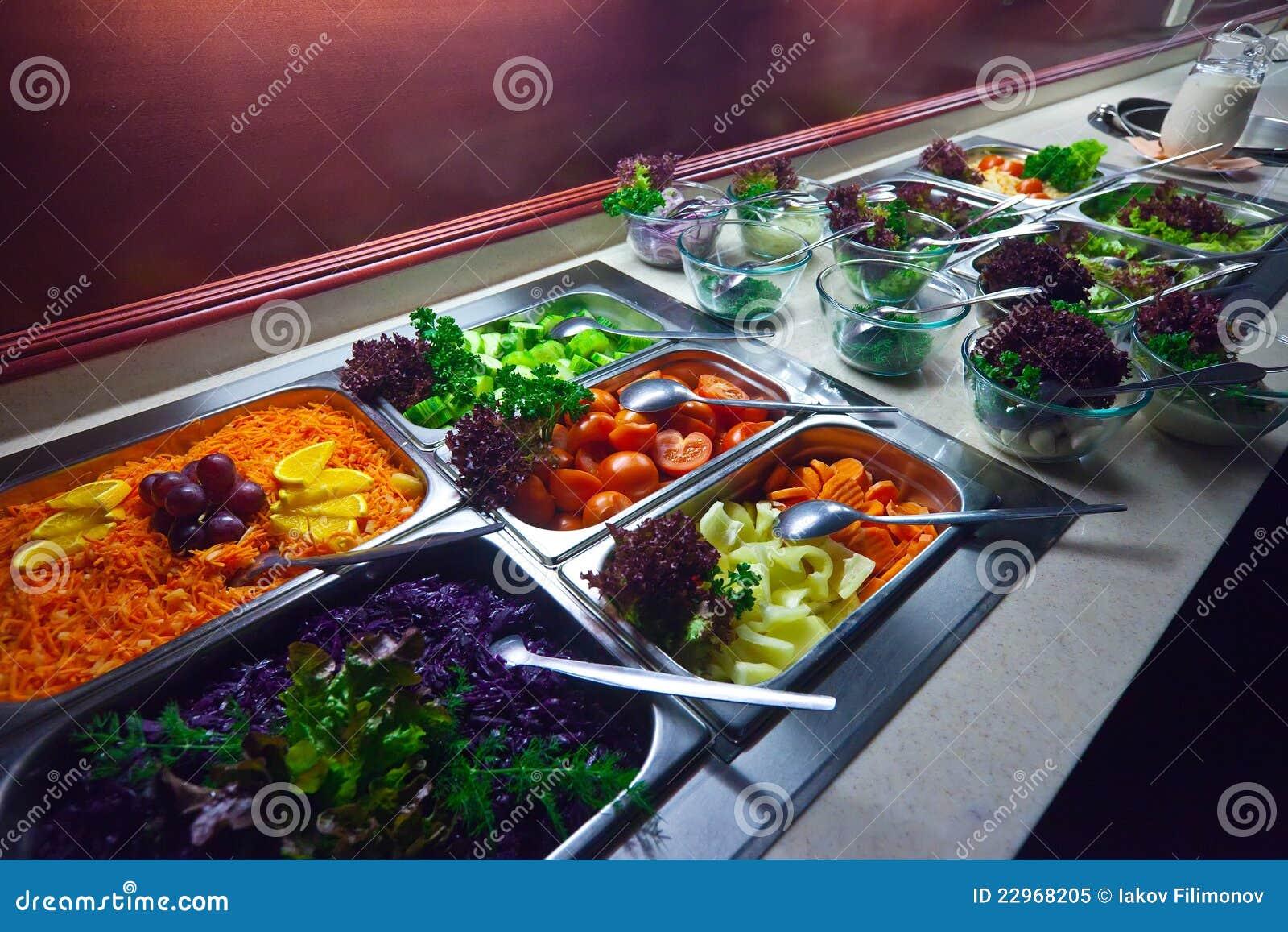 Vegetais nas bandejas