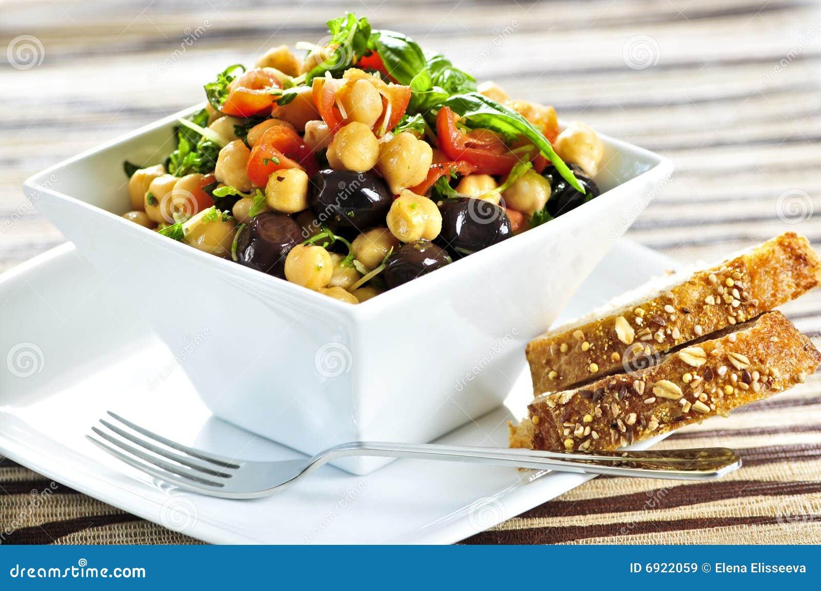Vegetarian салата chickpea