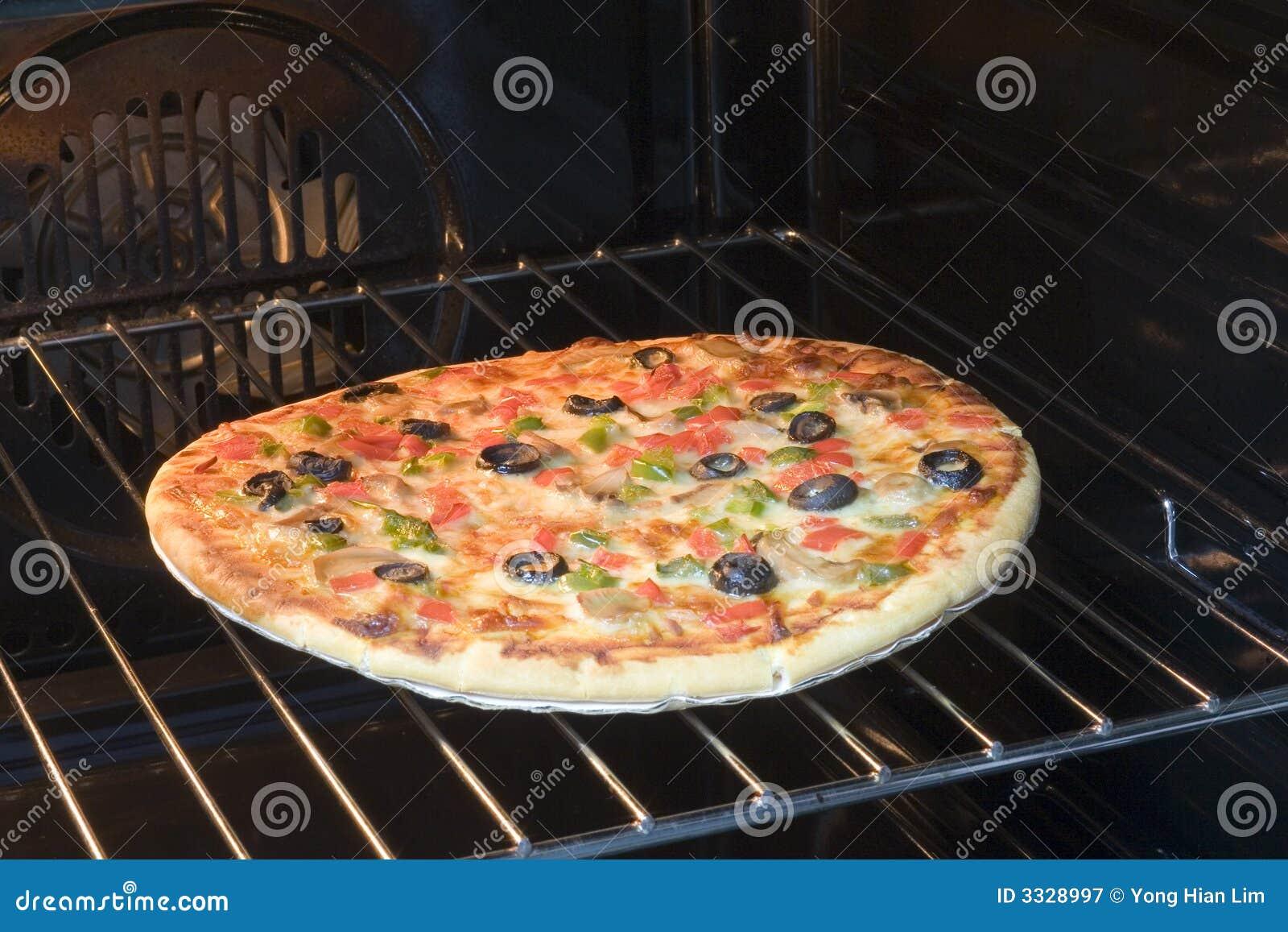 Pizza In De Oven.Vegetarian Pizza In Oven Stock Image Image Of Lunch Dinner
