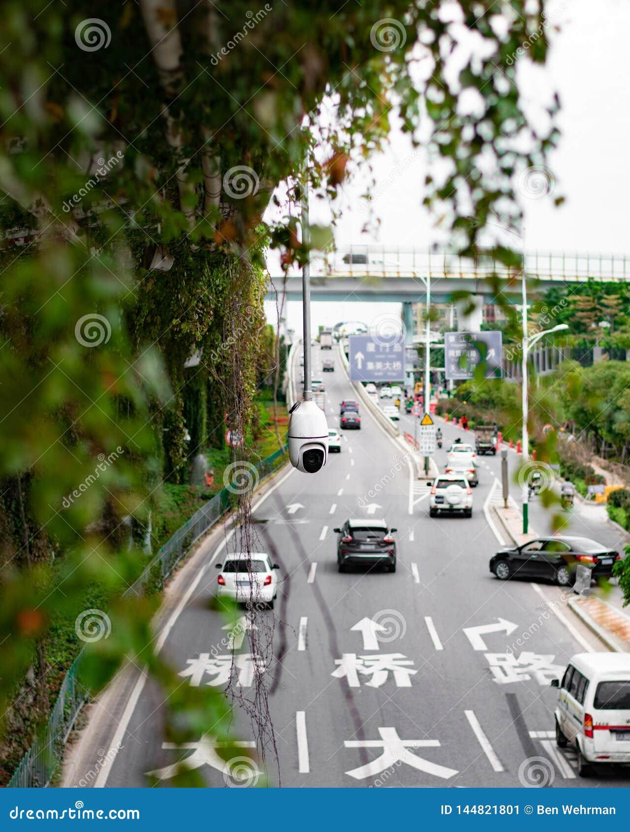 Veiligheidscamera op Bezig City Road