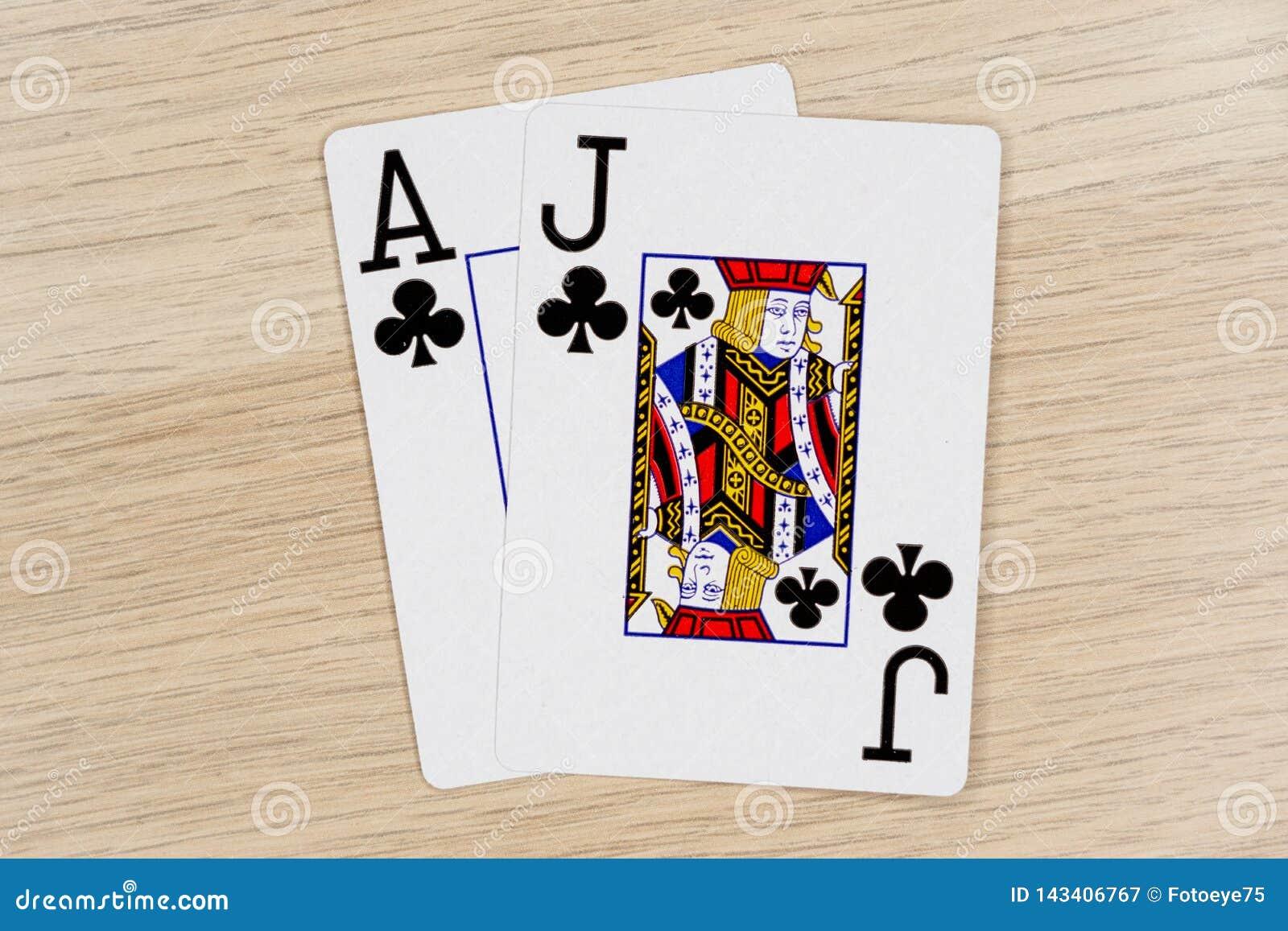 Veintiuna - casino que juega tarjetas del póker